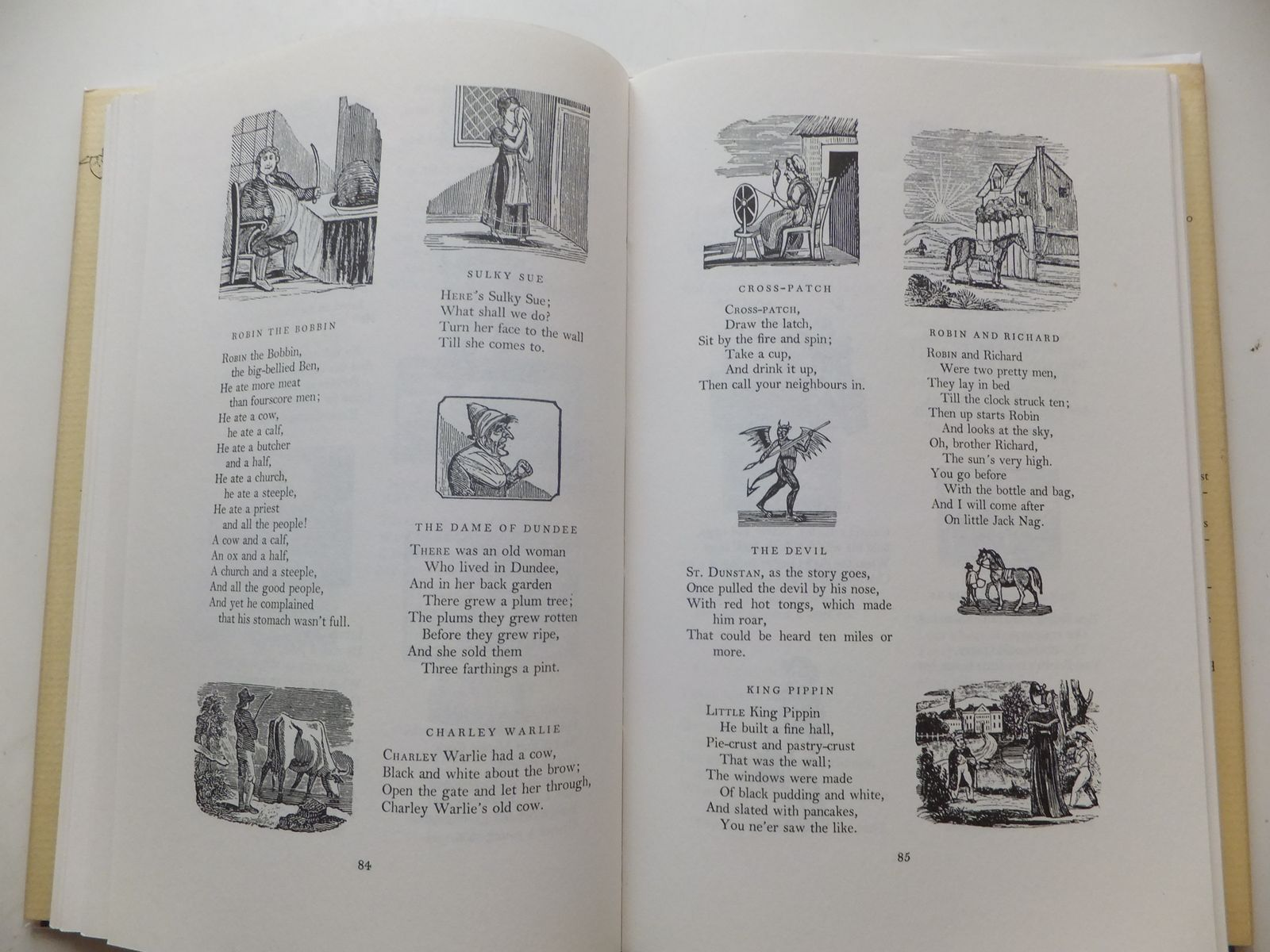 Photo of THE OXFORD NURSERY RHYME BOOK