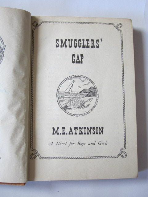 Photo of SMUGGLERS' GAP written by Atkinson, M.E. illustrated by Jones, Harold published by John Lane The Bodley Head (STOCK CODE: 1305430)  for sale by Stella & Rose's Books