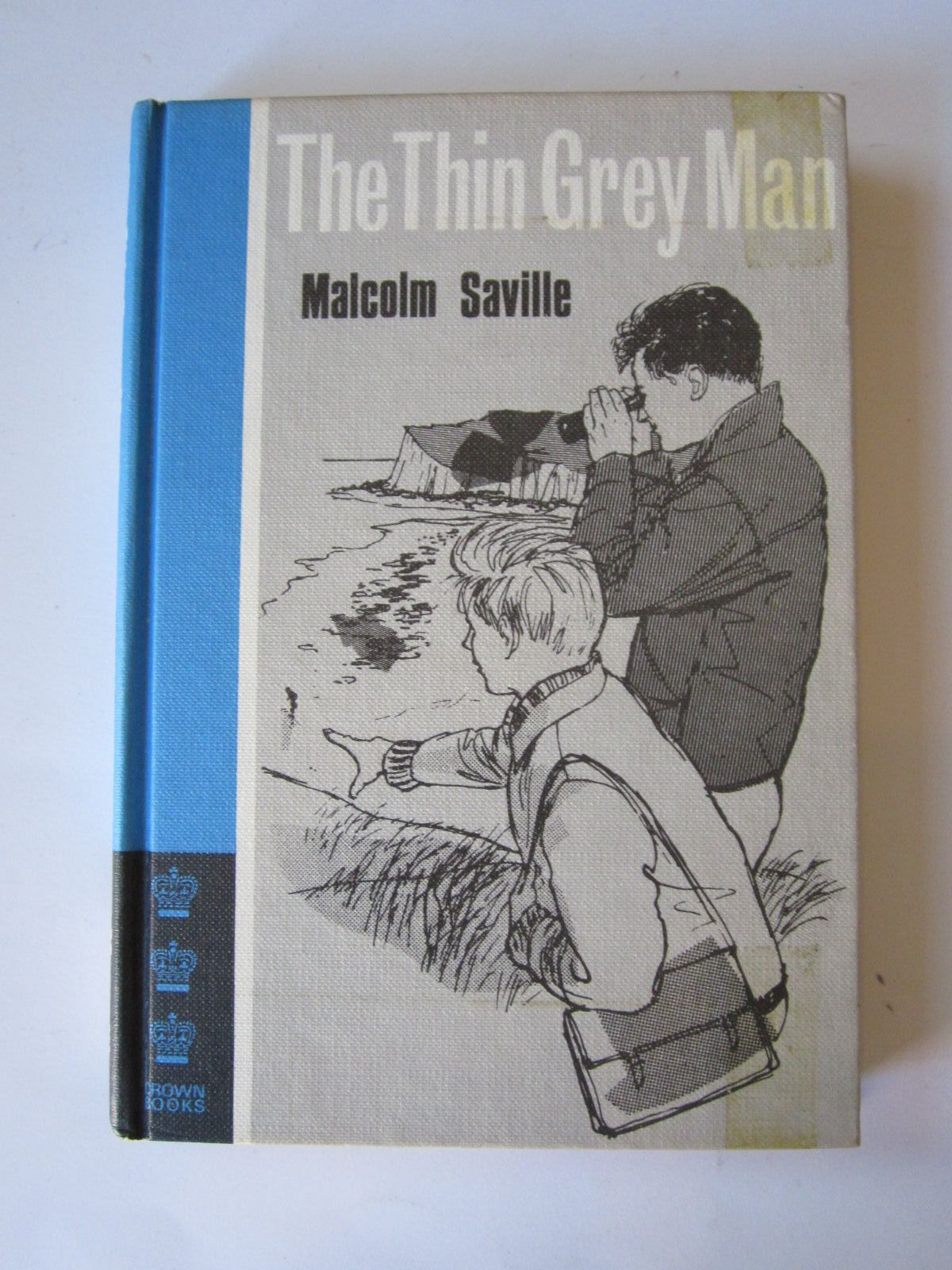 Photo of THE THIN GREY MAN written by Saville, Malcolm illustrated by Knight, Desmond published by MacMillan (STOCK CODE: 1308934)  for sale by Stella & Rose's Books