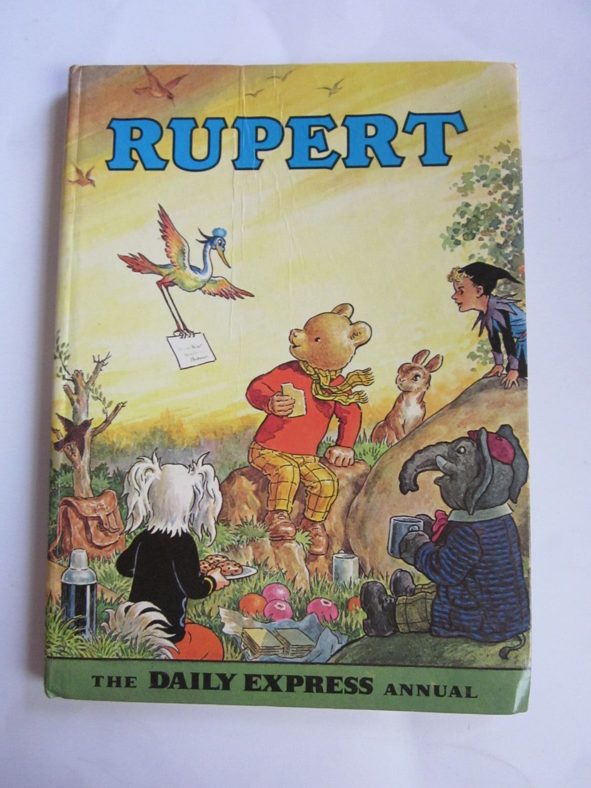Photo of RUPERT ANNUAL 1972 written by Bestall, Alfred illustrated by Bestall, Alfred published by Daily Express (STOCK CODE: 1309135)  for sale by Stella & Rose's Books