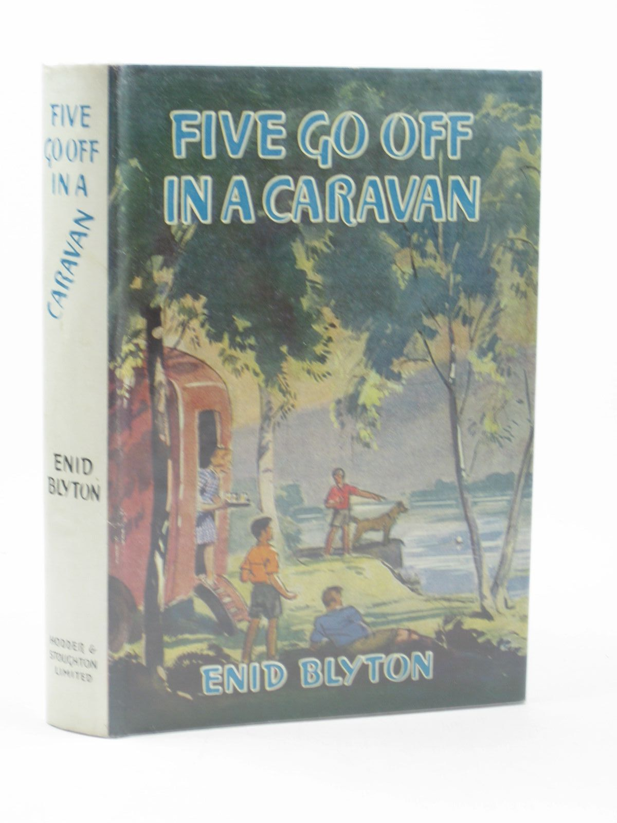 Photo of FIVE GO OFF IN A CARAVAN written by Blyton, Enid illustrated by Soper, Eileen published by Hodder & Stoughton (STOCK CODE: 1311991)  for sale by Stella & Rose's Books