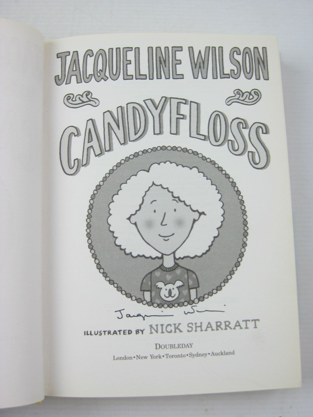 Photo of CANDYFLOSS written by Wilson, Jacqueline illustrated by Sharratt, Nick published by Doubleday (STOCK CODE: 1312632)  for sale by Stella & Rose's Books