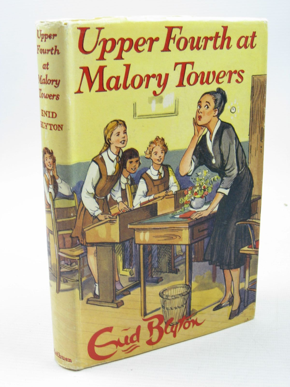 Photo of UPPER FOURTH AT MALORY TOWERS written by Blyton, Enid illustrated by Lloyd, Stanley published by Methuen & Co. Ltd. (STOCK CODE: 1313137)  for sale by Stella & Rose's Books