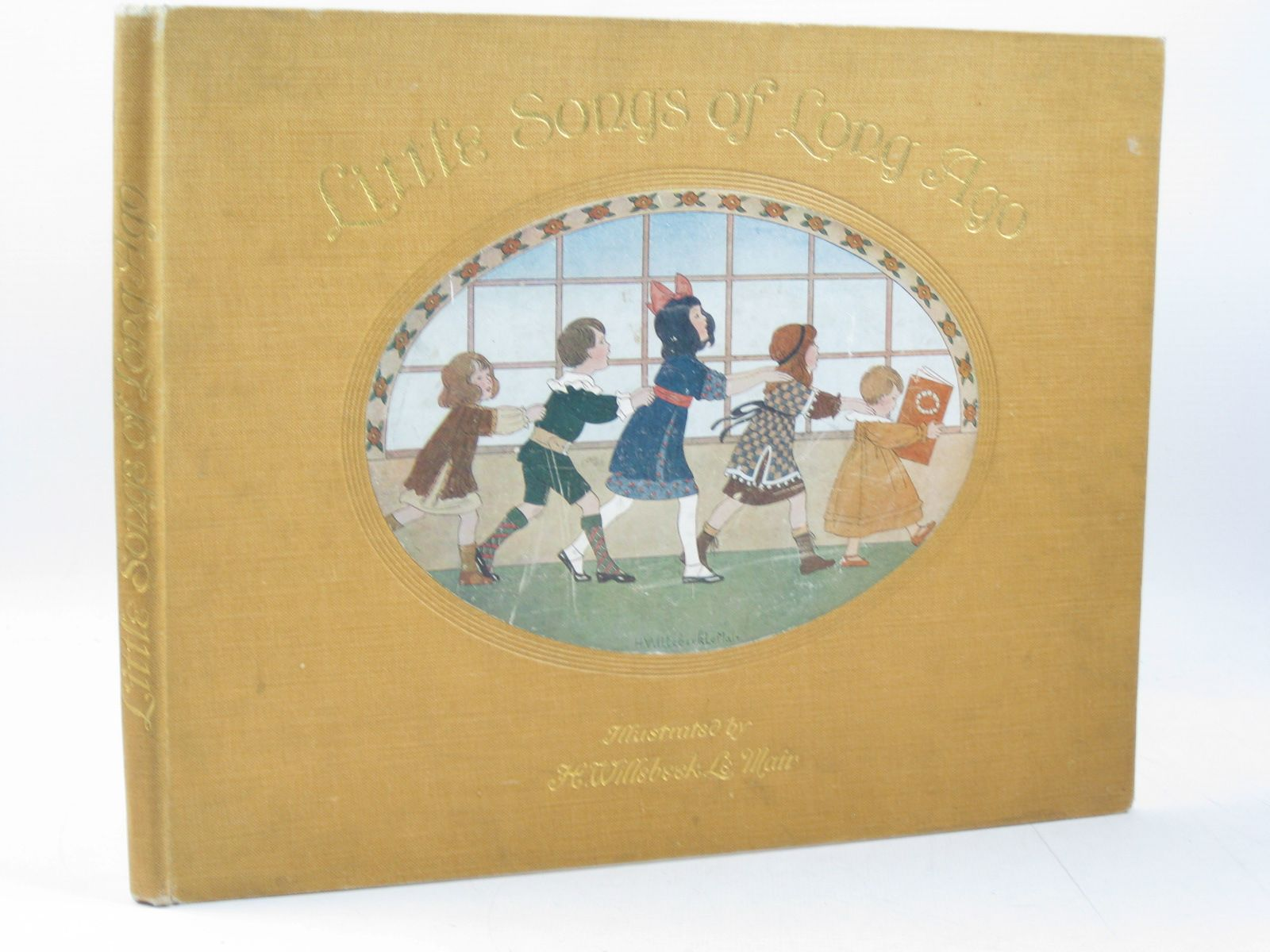 Photo of LITTLE SONGS OF LONG AGO written by Moffat, Alfred illustrated by Willebeek Le Mair, Henriette published by Augener Ltd. (STOCK CODE: 1314236)  for sale by Stella & Rose's Books