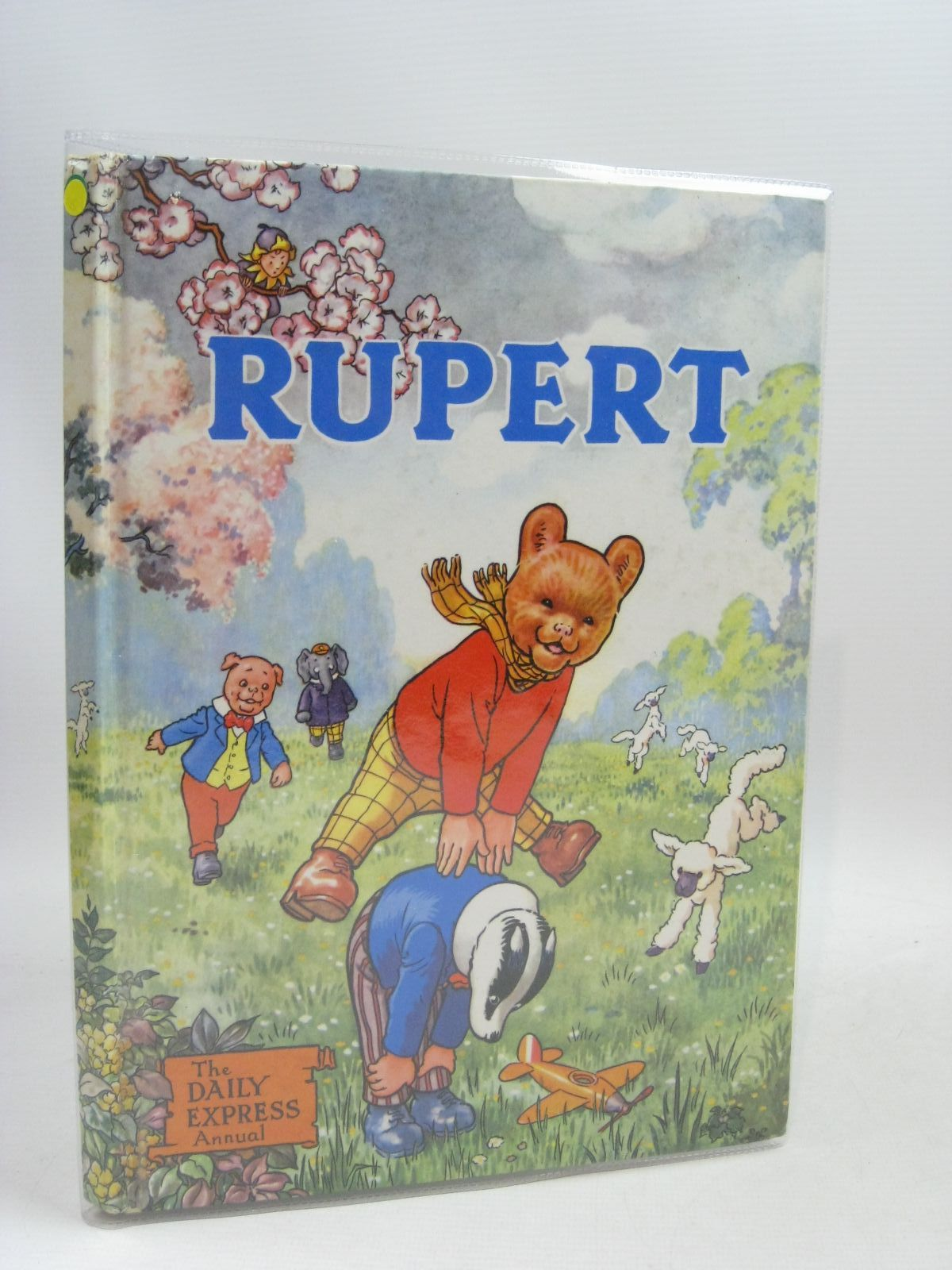 Photo of RUPERT ANNUAL 1958 written by Bestall, Alfred illustrated by Bestall, Alfred published by Daily Express (STOCK CODE: 1315762)  for sale by Stella & Rose's Books