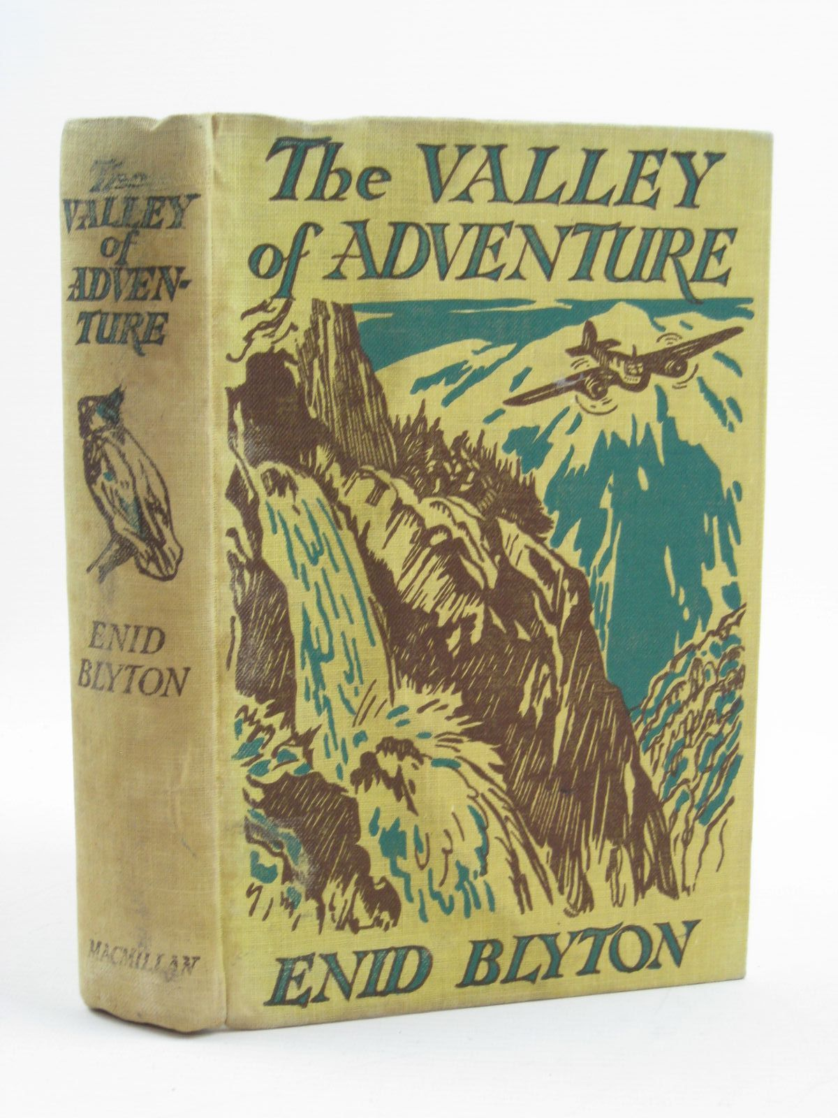 Photo of THE VALLEY OF ADVENTURE written by Blyton, Enid illustrated by Tresilian, Stuart published by Macmillan & Co. Ltd. (STOCK CODE: 1316711)  for sale by Stella & Rose's Books