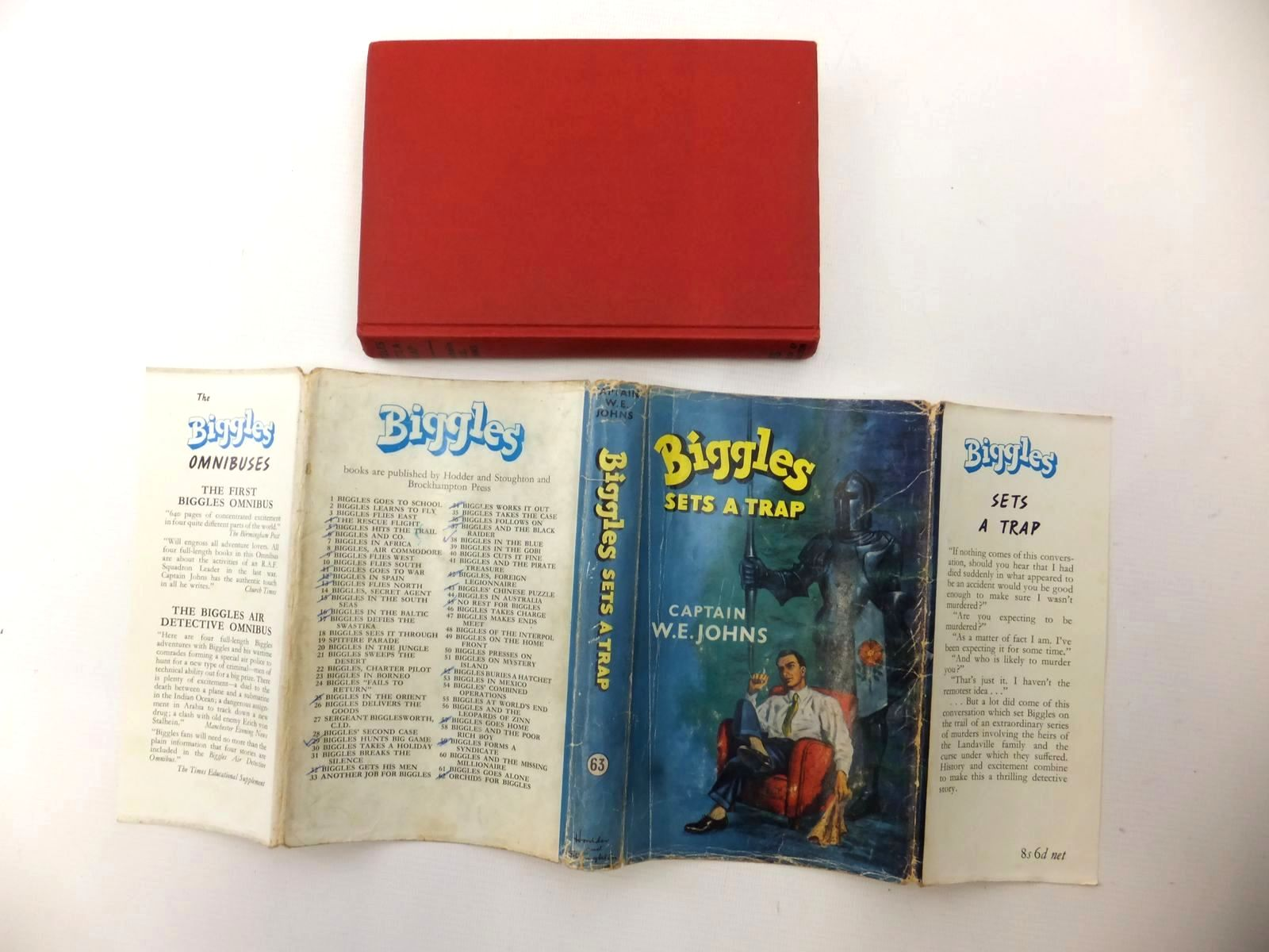 Photo of BIGGLES SETS A TRAP written by Johns, W.E. illustrated by Stead,  published by Hodder & Stoughton (STOCK CODE: 1317193)  for sale by Stella & Rose's Books