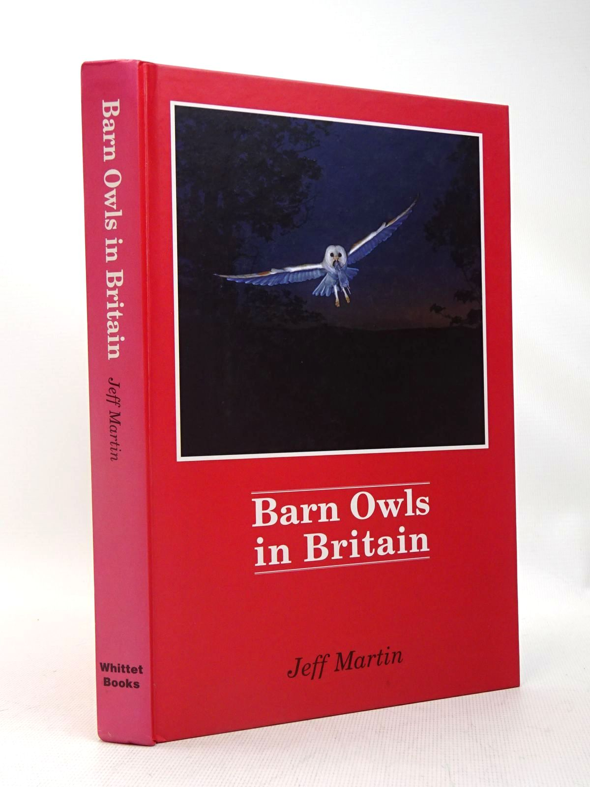 Photo of BARN OWLS IN BRITAIN written by Martin, Jeff illustrated by Baker, Kevin published by Whittet Books (STOCK CODE: 1317459)  for sale by Stella & Rose's Books