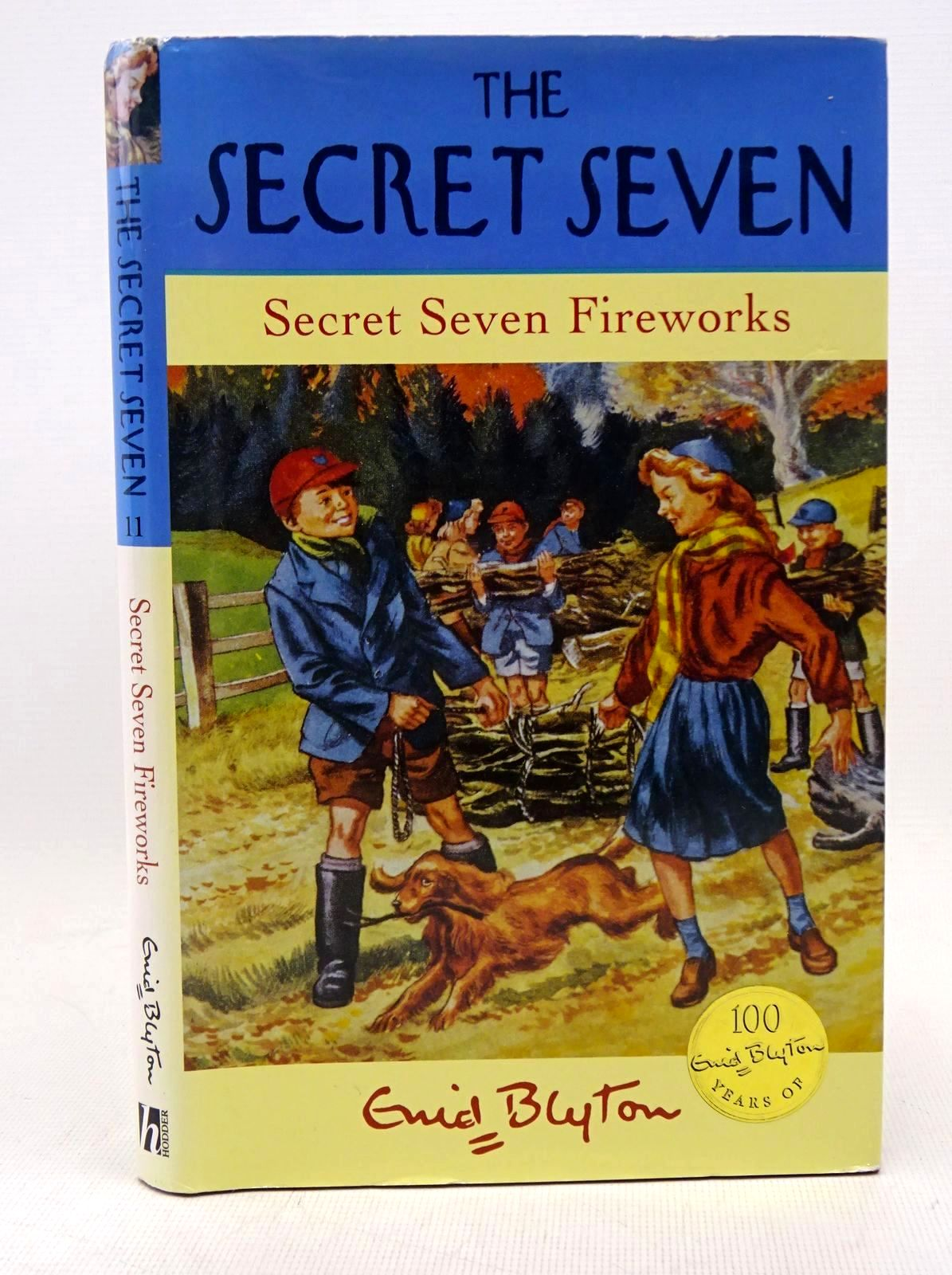 Photo of SECRET SEVEN FIREWORKS written by Blyton, Enid illustrated by Sharrocks, Burgess published by Hodder Children's Books (STOCK CODE: 1317630)  for sale by Stella & Rose's Books