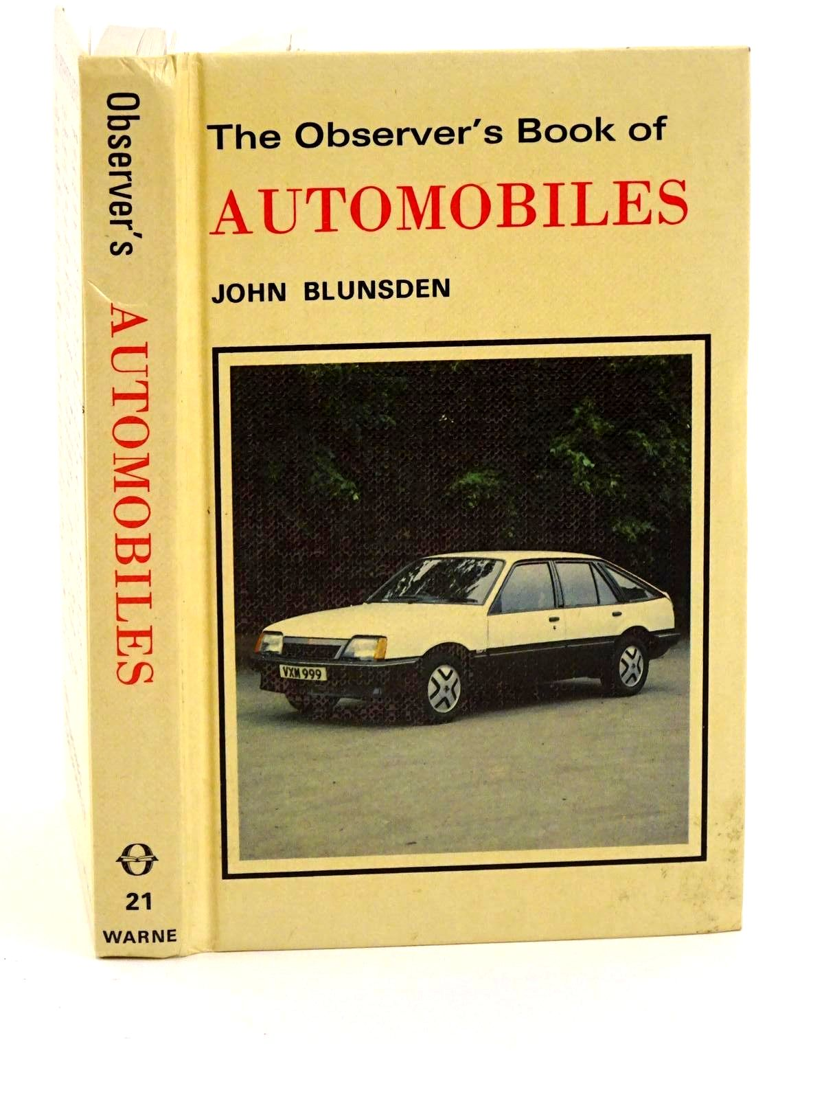 Photo of THE OBSERVER'S BOOK OF AUTOMOBILES written by Blunsden, John published by Frederick Warne (Publishers) Ltd. (STOCK CODE: 1318272)  for sale by Stella & Rose's Books