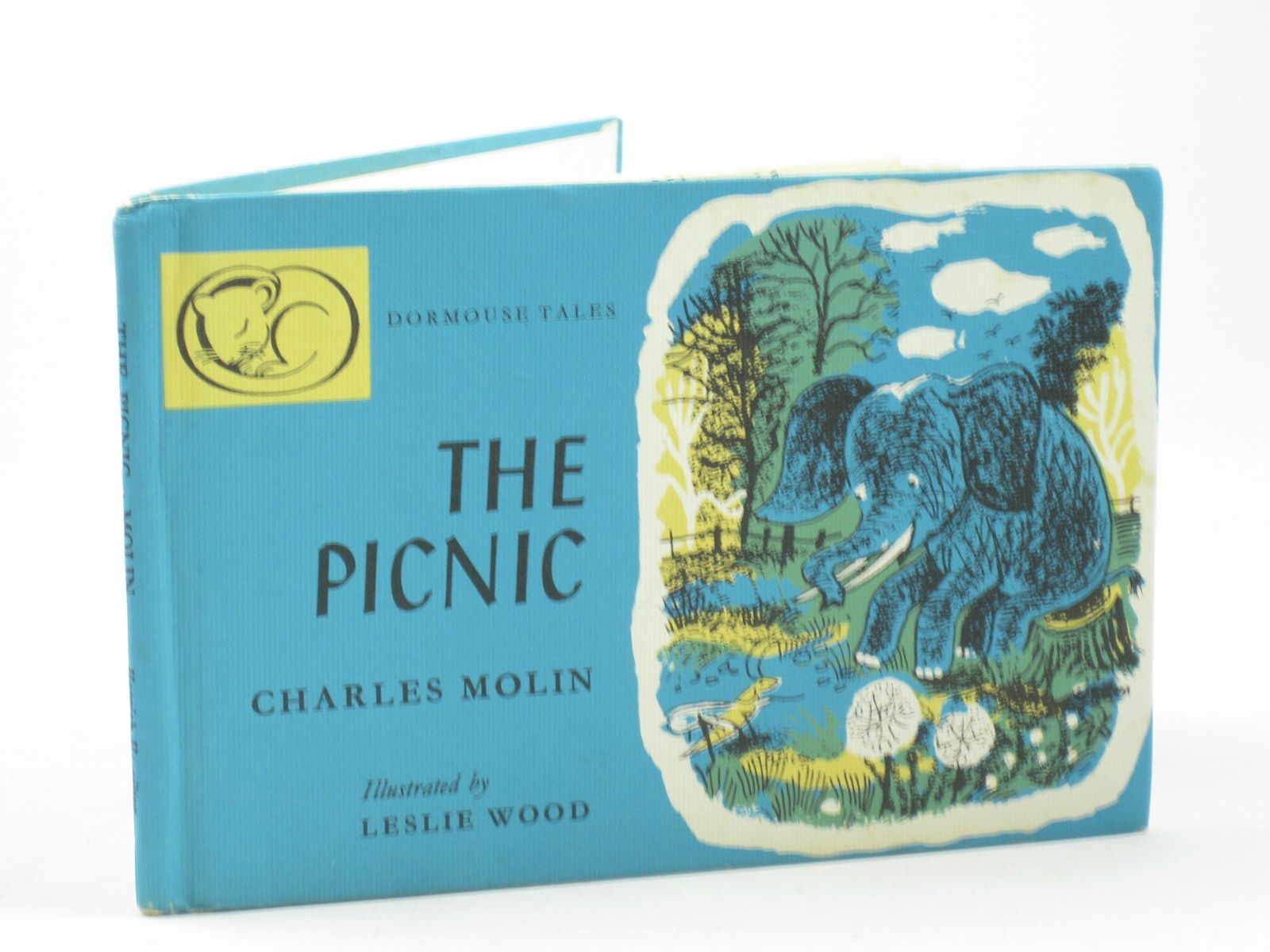 Photo of THE PICNIC written by Molin, Charles<br />Mayne, William illustrated by Wood, Leslie published by Hamish Hamilton (STOCK CODE: 1402365)  for sale by Stella & Rose's Books