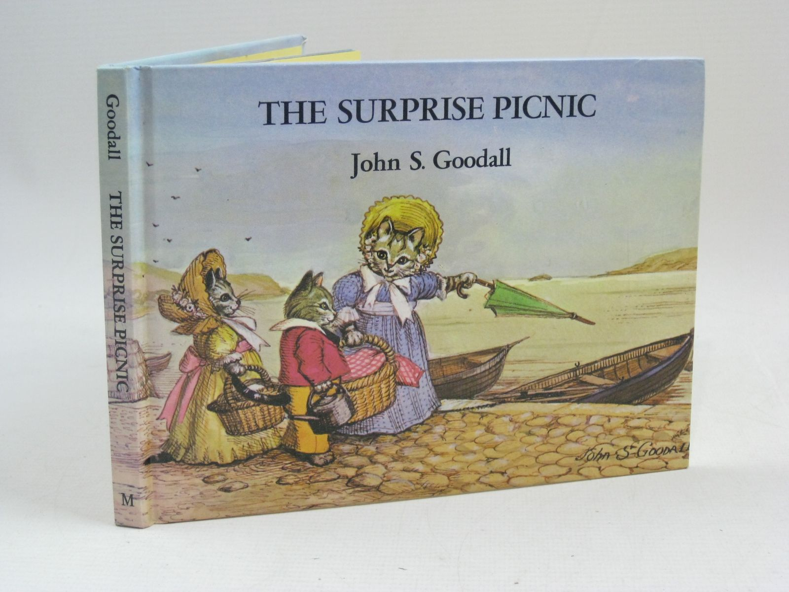 Photo of THE SURPRISE PICNIC written by Goodall, John S. illustrated by Goodall, John S. published by Macmillan London Limited (STOCK CODE: 1405159)  for sale by Stella & Rose's Books