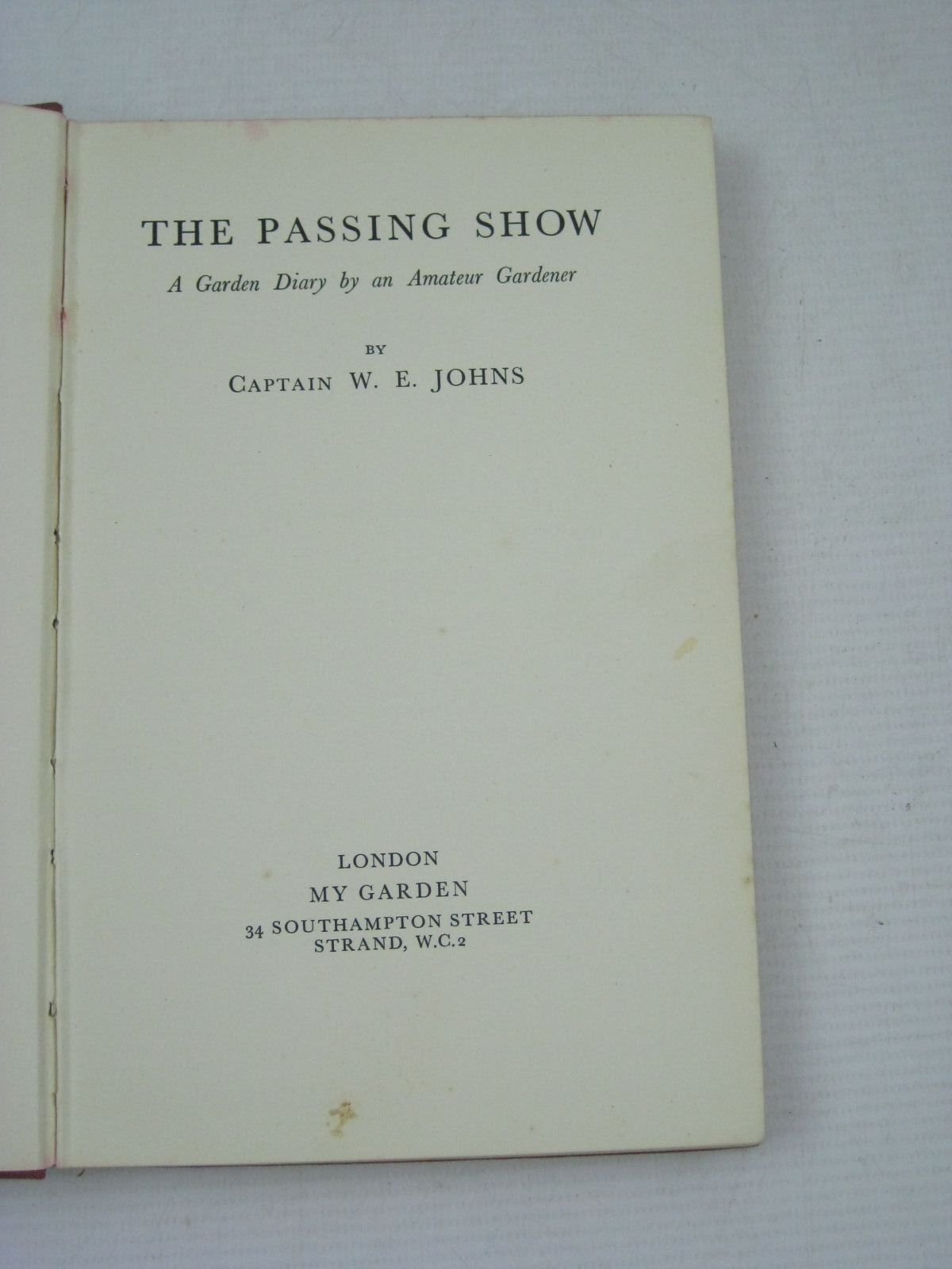 Photo of THE PASSING SHOW written by Johns, W.E. published by My Garden (STOCK CODE: 1405426)  for sale by Stella & Rose's Books