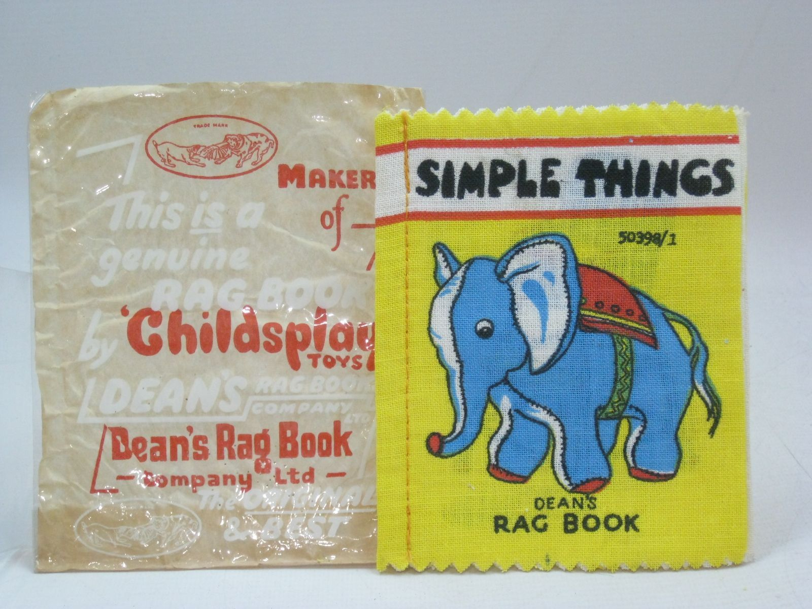 Photo of SIMPLE THINGS published by Dean's Rag Book Co. Ltd. (STOCK CODE: 1405810)  for sale by Stella & Rose's Books