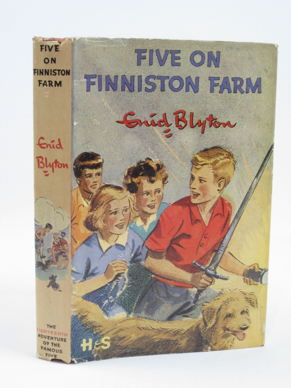 Photo of FIVE ON FINNISTON FARM written by Blyton, Enid illustrated by Soper, Eileen published by Hodder & Stoughton (STOCK CODE: 1406321)  for sale by Stella & Rose's Books