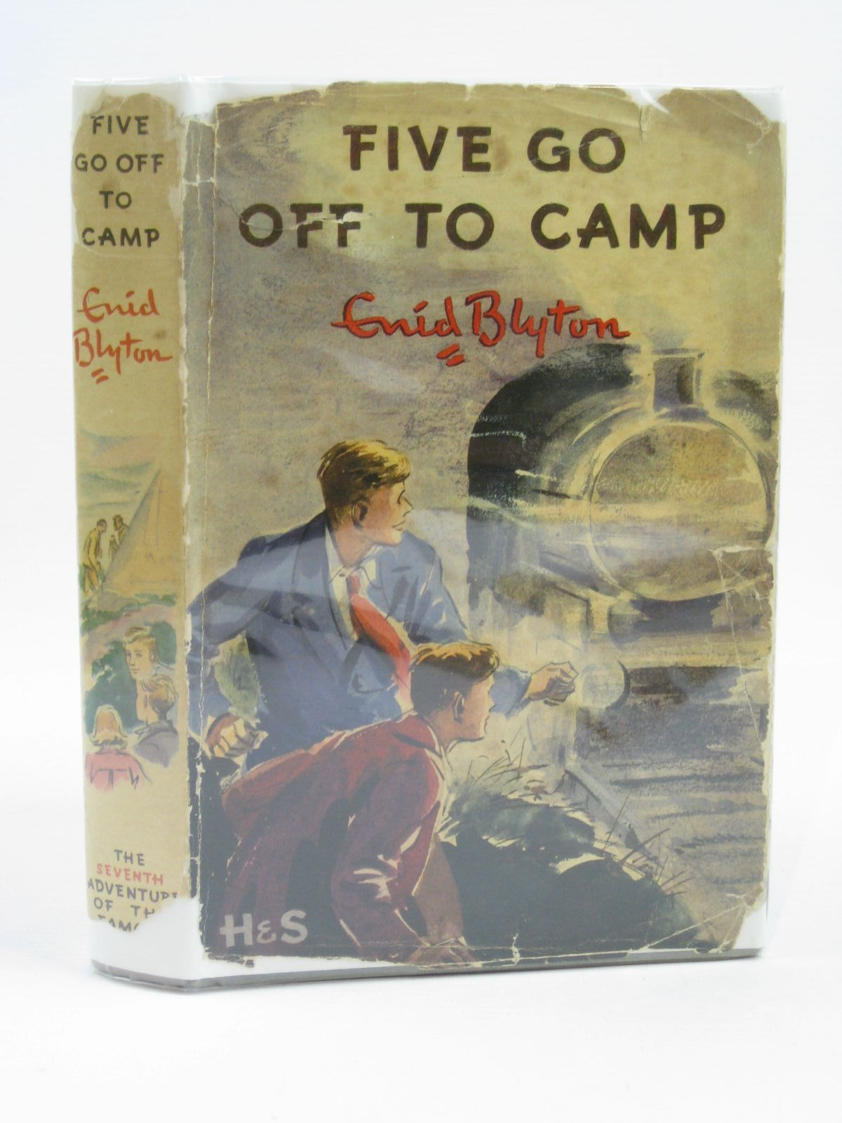 Photo of FIVE GO OFF TO CAMP written by Blyton, Enid illustrated by Soper, Eileen published by Hodder & Stoughton (STOCK CODE: 1406324)  for sale by Stella & Rose's Books