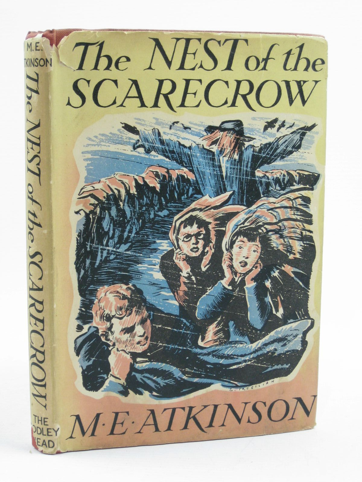 Photo of THE NEST OF THE SCARECROW written by Atkinson, M.E. illustrated by Tresilian, Stuart published by John Lane The Bodley Head (STOCK CODE: 1406791)  for sale by Stella & Rose's Books