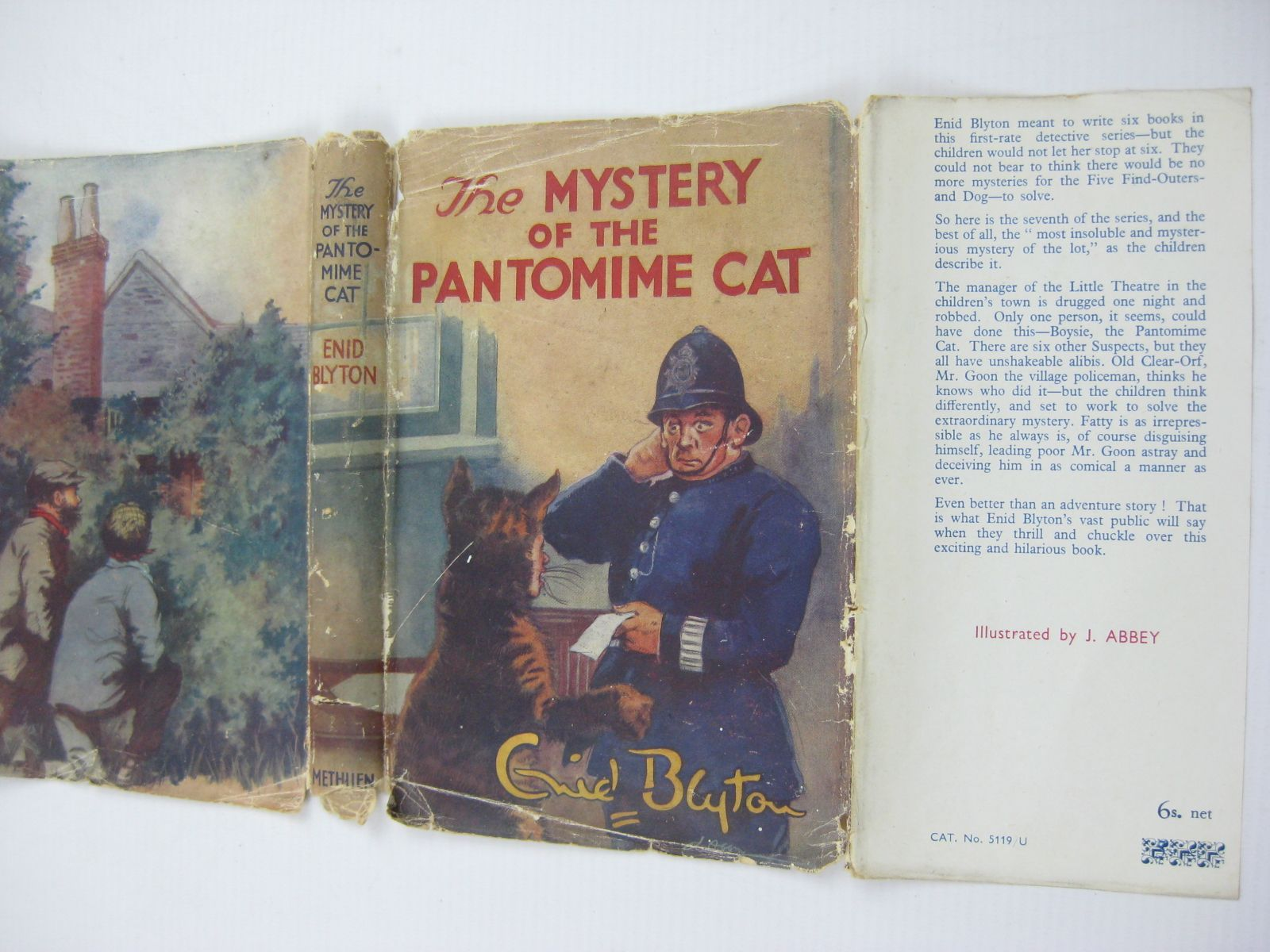 Photo of THE MYSTERY OF THE PANTOMIME CAT written by Blyton, Enid illustrated by Abbey, J. published by Methuen & Co. Ltd. (STOCK CODE: 1407034)  for sale by Stella & Rose's Books