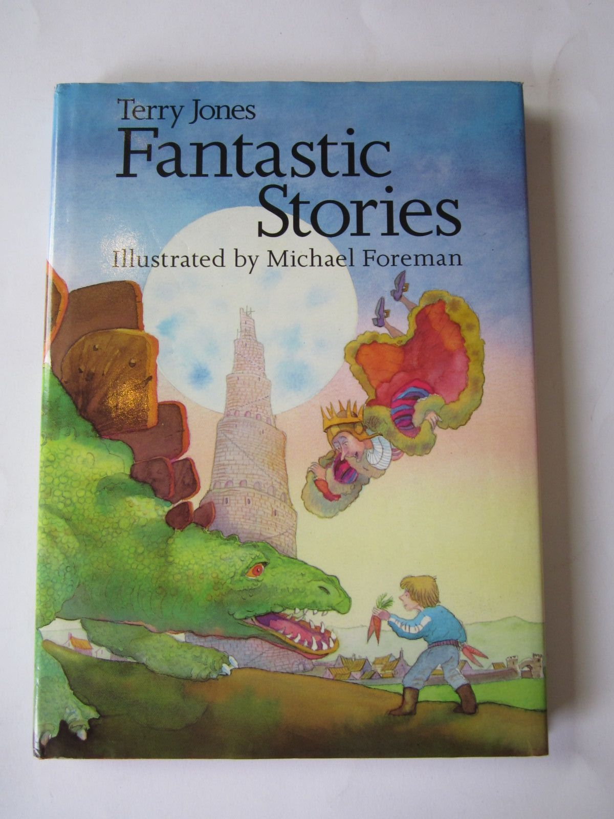 Photo of FANTASTIC STORIES written by Jones, Terry illustrated by Foreman, Michael published by Pavilion Books Ltd. (STOCK CODE: 1501147)  for sale by Stella & Rose's Books