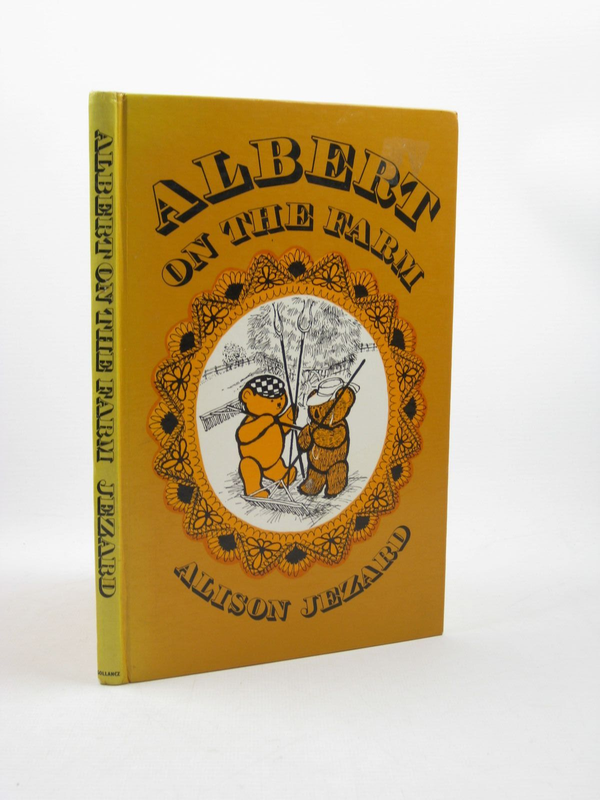 Photo of ALBERT ON THE FARM written by Jezard, Alison illustrated by Gordon, Margaret published by Victor Gollancz Ltd. (STOCK CODE: 1502659)  for sale by Stella & Rose's Books