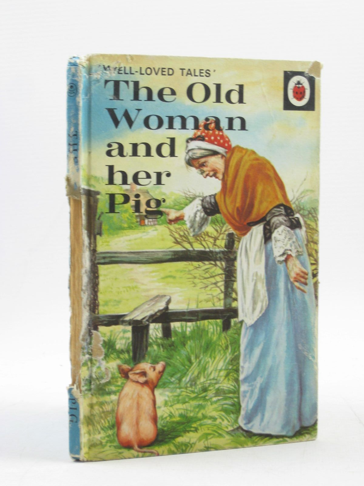 Photo of THE OLD WOMAN AND HER PIG written by Southgate, Vera illustrated by Lumley, Robert published by Ladybird Books (STOCK CODE: 1503345)  for sale by Stella & Rose's Books
