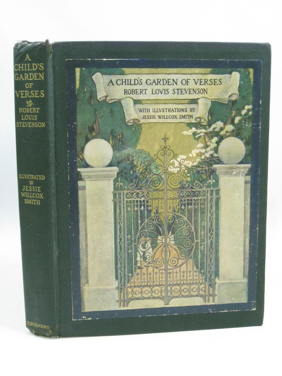 Photo of A CHILD'S GARDEN OF VERSES written by Stevenson, Robert Louis illustrated by Smith, Jessie Willcox published by Charles Scribner's Sons (STOCK CODE: 1505541)  for sale by Stella & Rose's Books