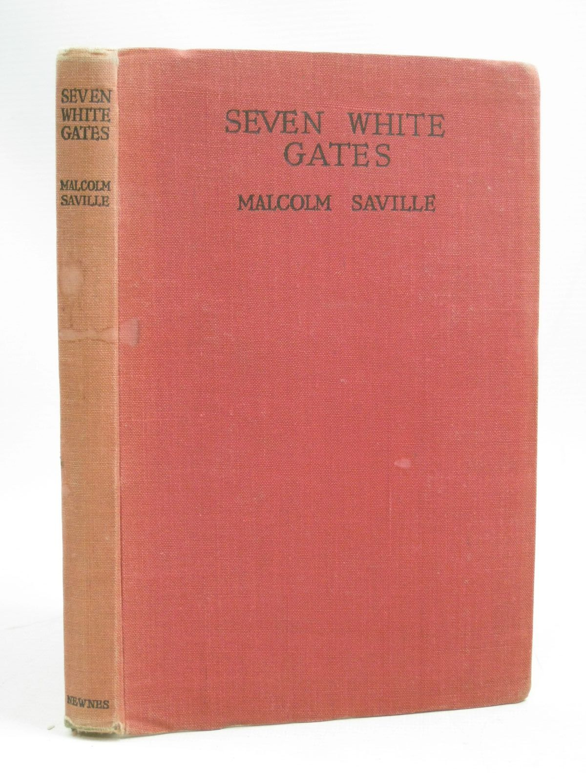 Photo of SEVEN WHITE GATES written by Saville, Malcolm illustrated by Prance, Bertram published by George Newnes Limited (STOCK CODE: 1505832)  for sale by Stella & Rose's Books