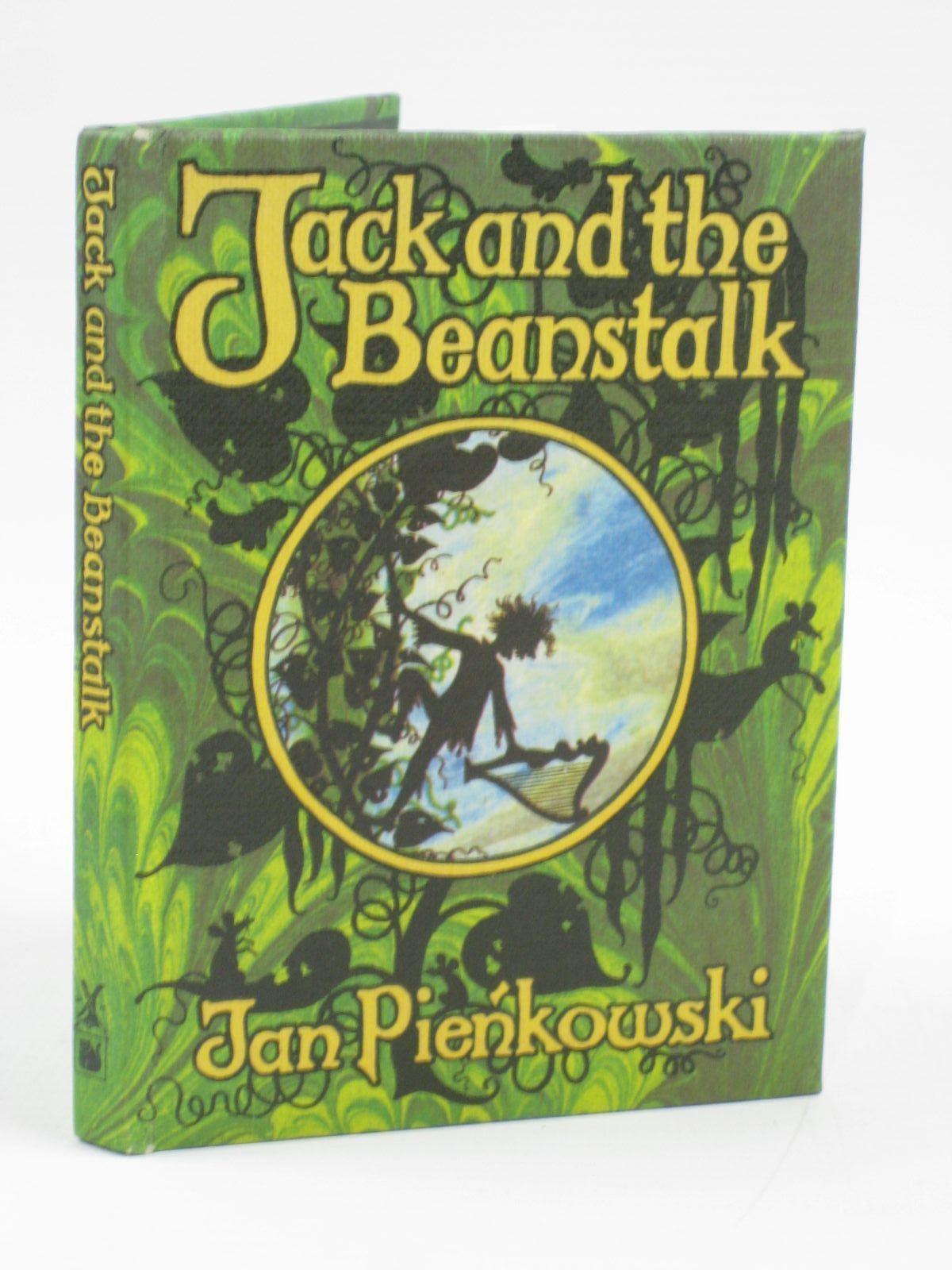 Photo of JACK AND THE BEANSTALK written by Jacobs, Joseph illustrated by Pienkowski, Jan published by Heinemann, Gallery Five (STOCK CODE: 1506760)  for sale by Stella & Rose's Books