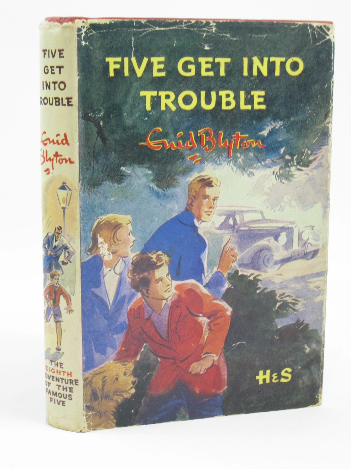 Photo of FIVE GET INTO TROUBLE written by Blyton, Enid illustrated by Soper, Eileen published by Hodder & Stoughton (STOCK CODE: 1506798)  for sale by Stella & Rose's Books