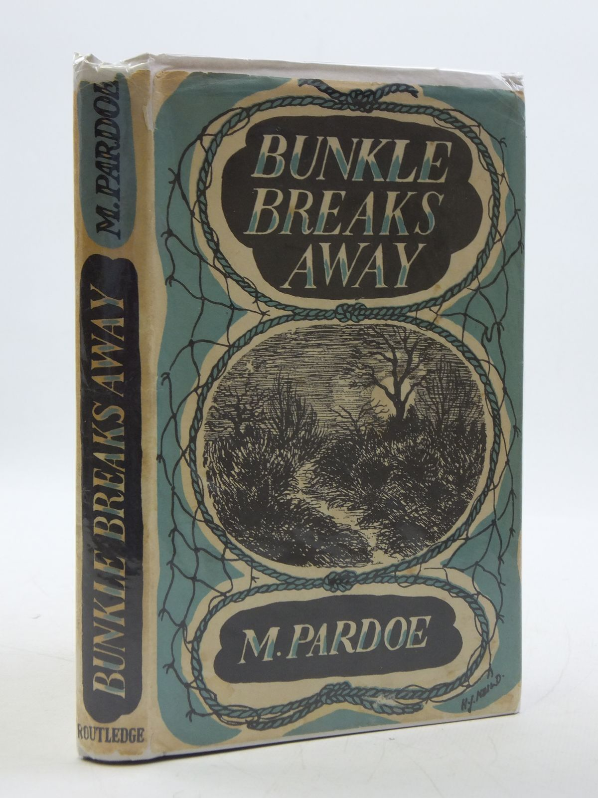 Photo of BUNKLE BREAKS AWAY written by Pardoe, M. illustrated by Neild, Julie published by George Routledge & Sons Ltd. (STOCK CODE: 1604616)  for sale by Stella & Rose's Books