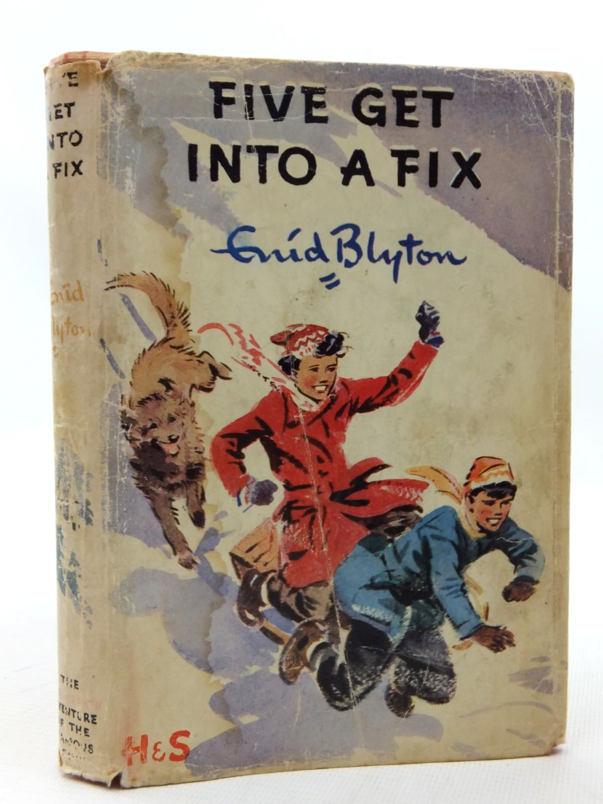 Photo of FIVE GET INTO A FIX written by Blyton, Enid illustrated by Soper, Eileen published by Hodder & Stoughton (STOCK CODE: 1609491)  for sale by Stella & Rose's Books