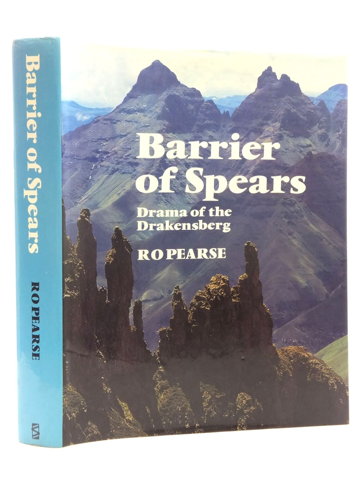 Photo of BARRIER OF SPEARS DRAMA OF THE DRAKENSBERG written by Pearse, Ro published by Southern Book Publishers (STOCK CODE: 1609926)  for sale by Stella & Rose's Books