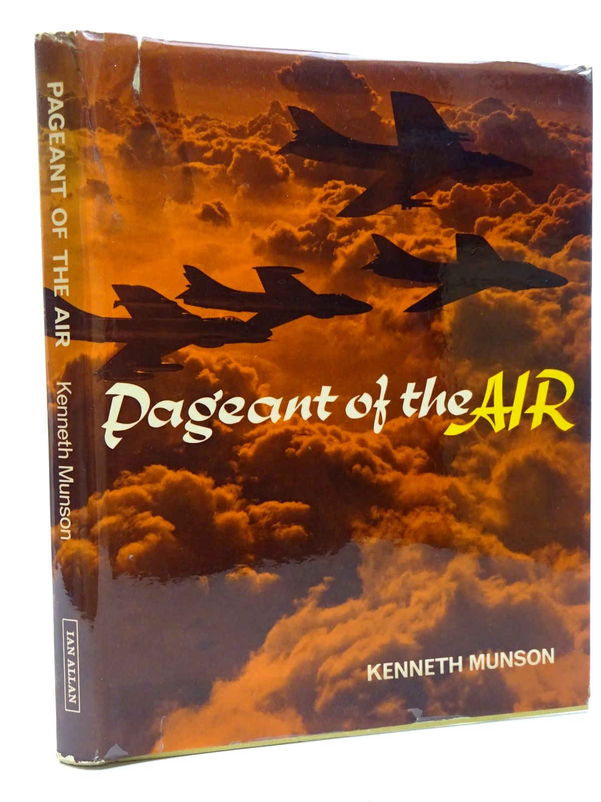 Photo of PAGEANT OF THE AIR written by Munson, Kenneth published by Ian Allan (STOCK CODE: 1610156)  for sale by Stella & Rose's Books