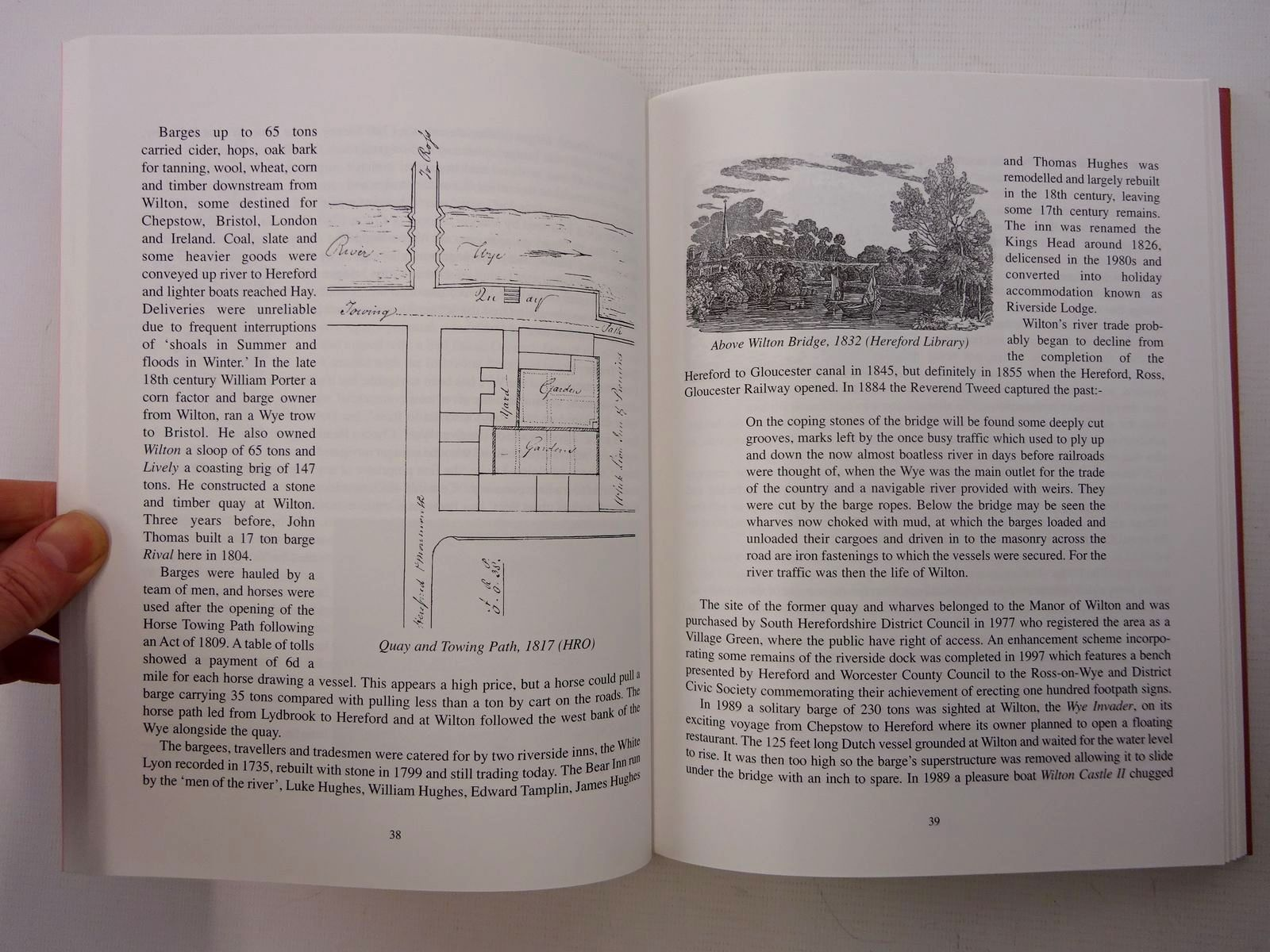 Photo of HISTORICAL ASPECTS OF ROSS written by Brookes, Kevin<br />et al, published by Logaston Press, Ross & District Civic Society (STOCK CODE: 1610654)  for sale by Stella & Rose's Books