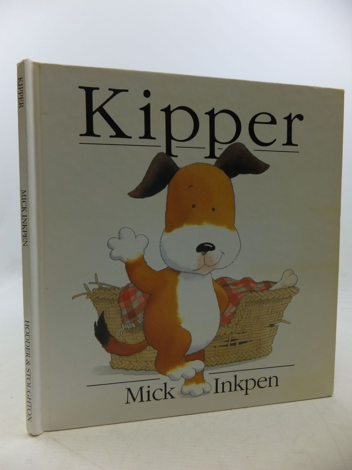 Photo of KIPPER written by Inkpen, Mick illustrated by Inkpen, Mick published by Hodder & Stoughton (STOCK CODE: 1710275)  for sale by Stella & Rose's Books