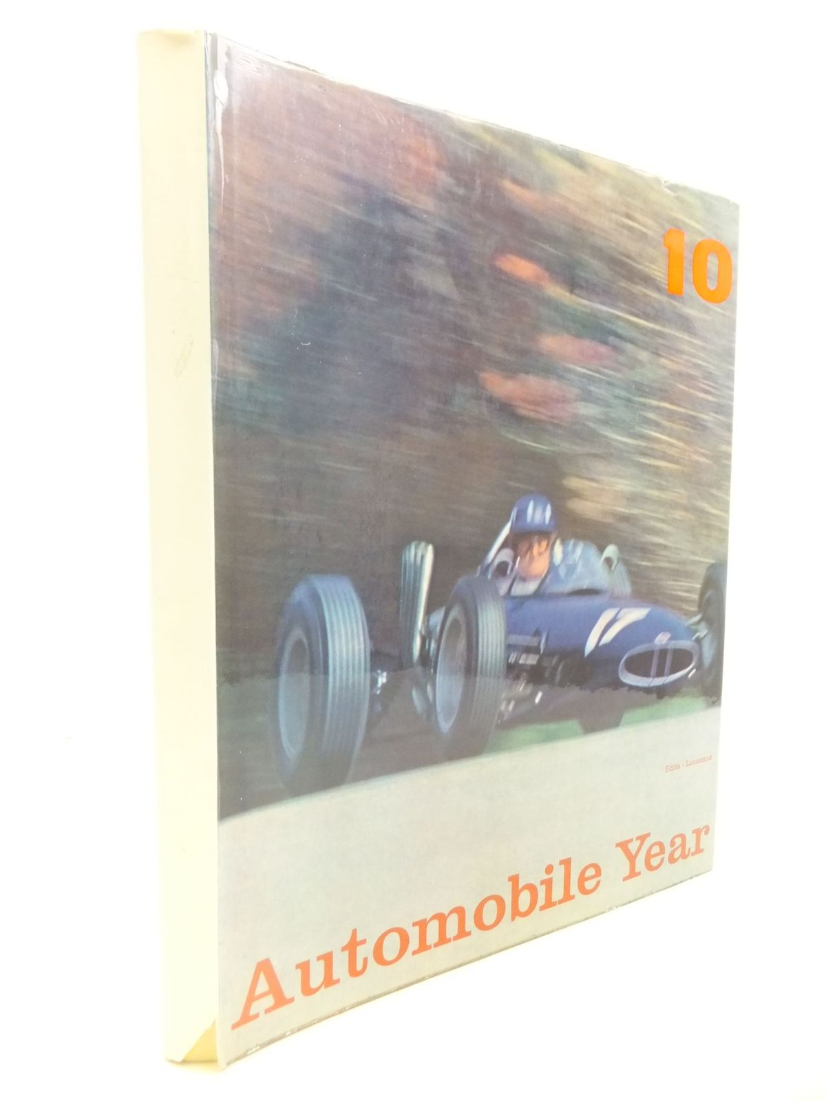 Automobile Year No. 32 1975/1976 Hardcover Motor Sports Reference Armstrong