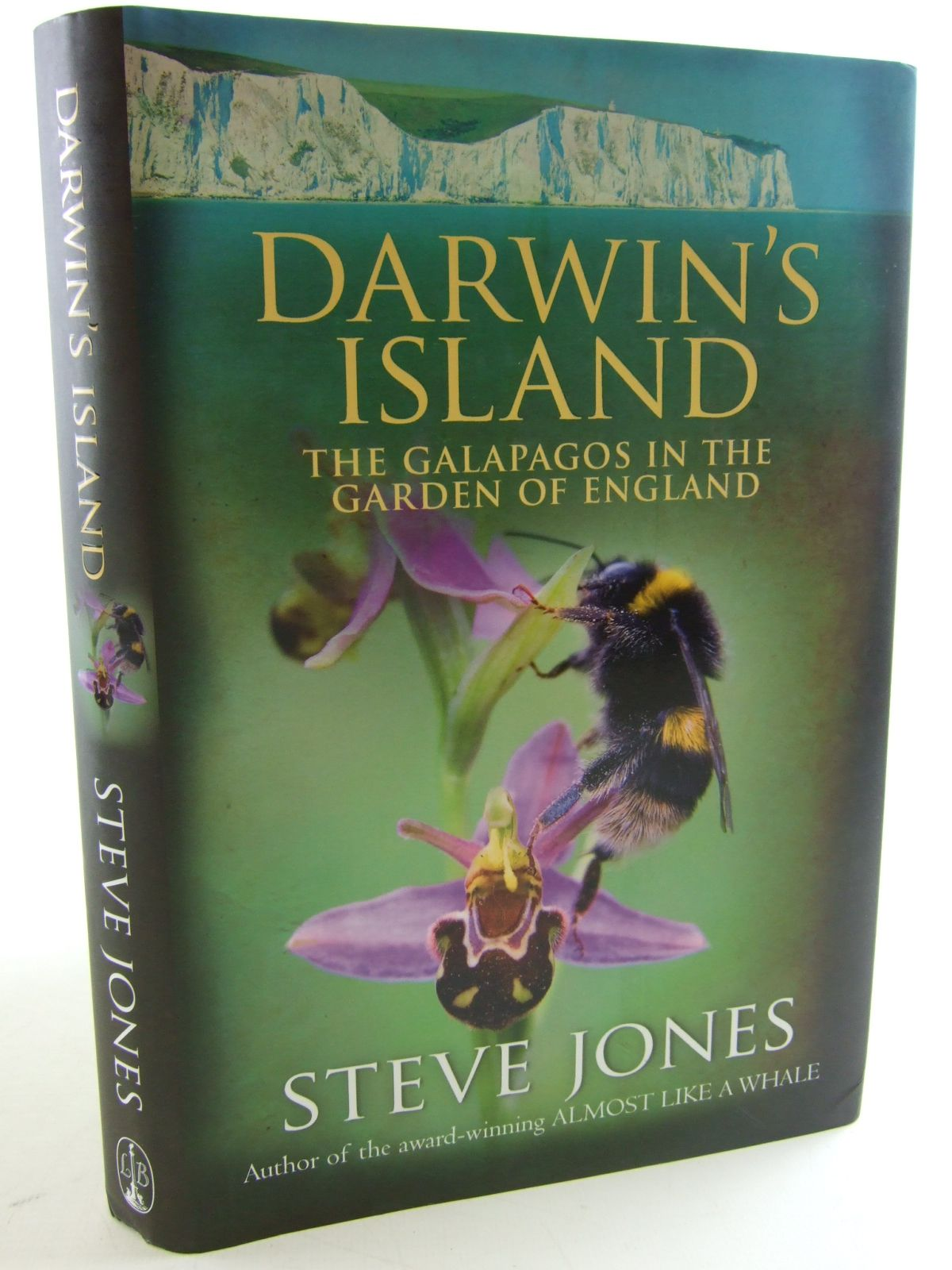 1000 Photo Of DARWINS ISLAND THE GALAPAGOS IN GARDEN OF ENGLAND Written By Jones Steve
