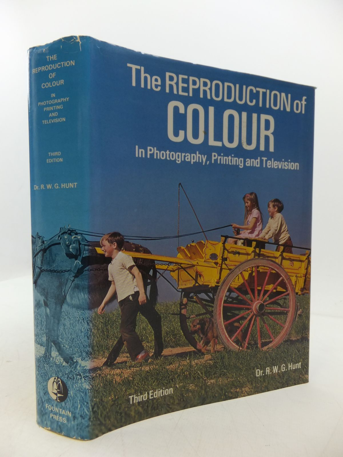 Photo of THE REPRODUCTION OF COLOUR written by Hunt, R.W.G. published by Fountain Press (STOCK CODE: 1808054)  for sale by Stella & Rose's Books