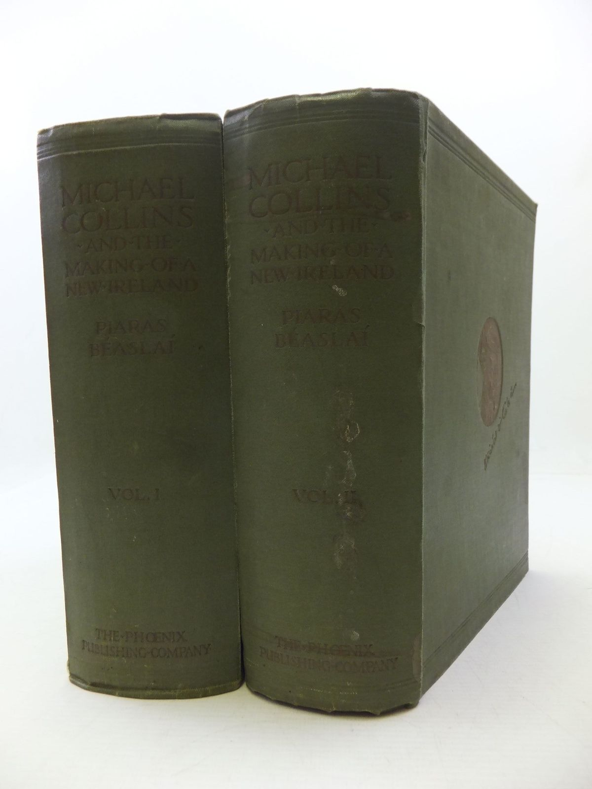 Photo of MICHAEL COLLINS AND THE MAKING OF A NEW IRELAND (2 VOLUMES) written by Beaslai, Piaras published by Phoenix Publishing Co., Ltd. (STOCK CODE: 1808076)  for sale by Stella & Rose's Books