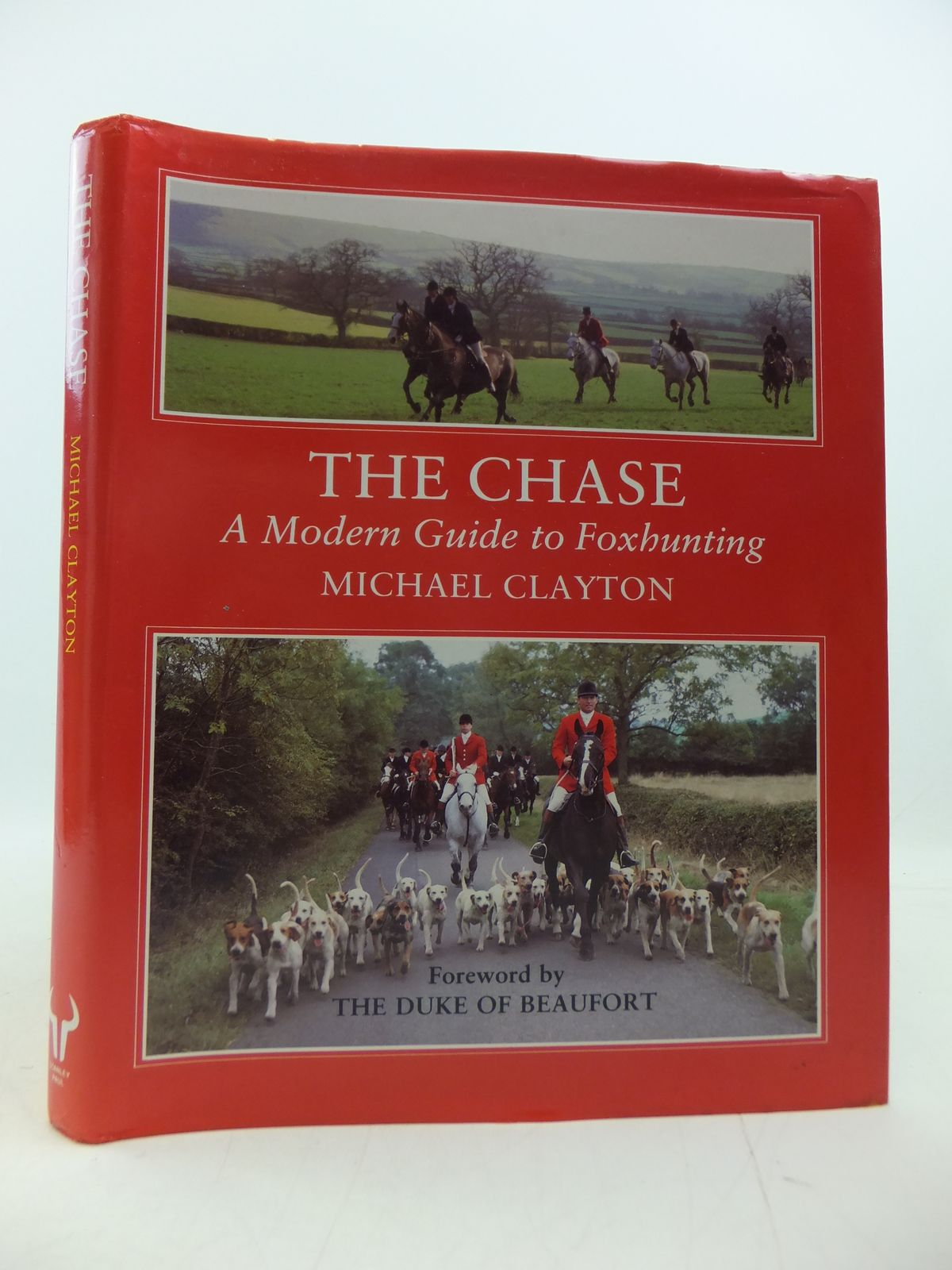 Photo of THE CHASE written by Clayton, Michael illustrated by King, John published by Stanley Paul (STOCK CODE: 1808289)  for sale by Stella & Rose's Books
