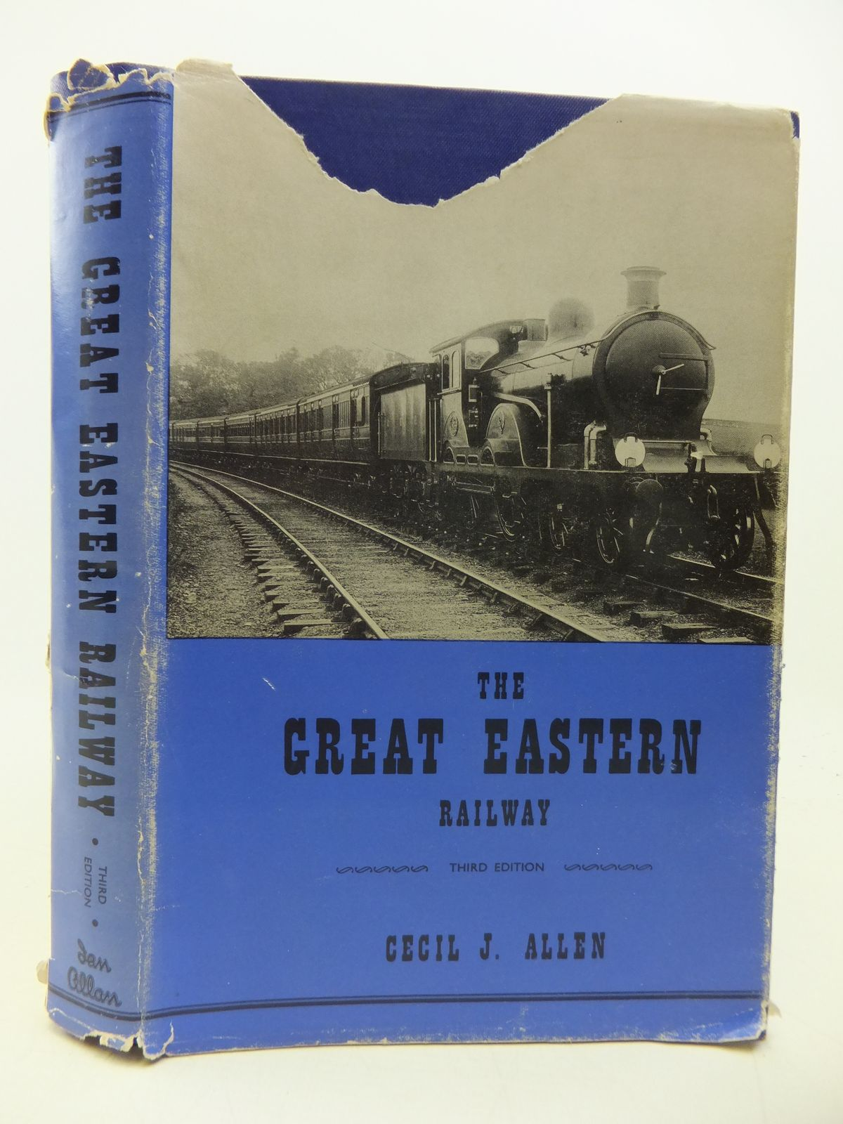 Photo of THE GREAT EASTERN RAILWAY written by Allen, Cecil J. published by Ian Allan (STOCK CODE: 1808582)  for sale by Stella & Rose's Books