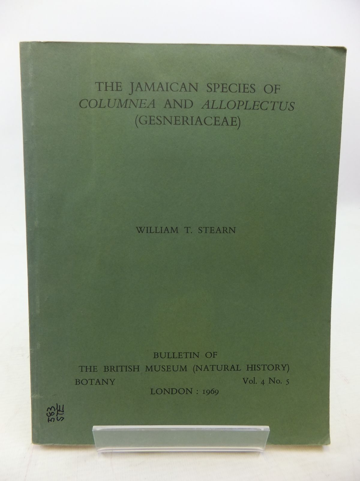 Photo of THE JAMAICAN SPECIES OF COLUMNEA AND ALLOPLECTUS (GESNERIACEAE) written by Stearn, William T. published by British Museum (STOCK CODE: 1809068)  for sale by Stella & Rose's Books