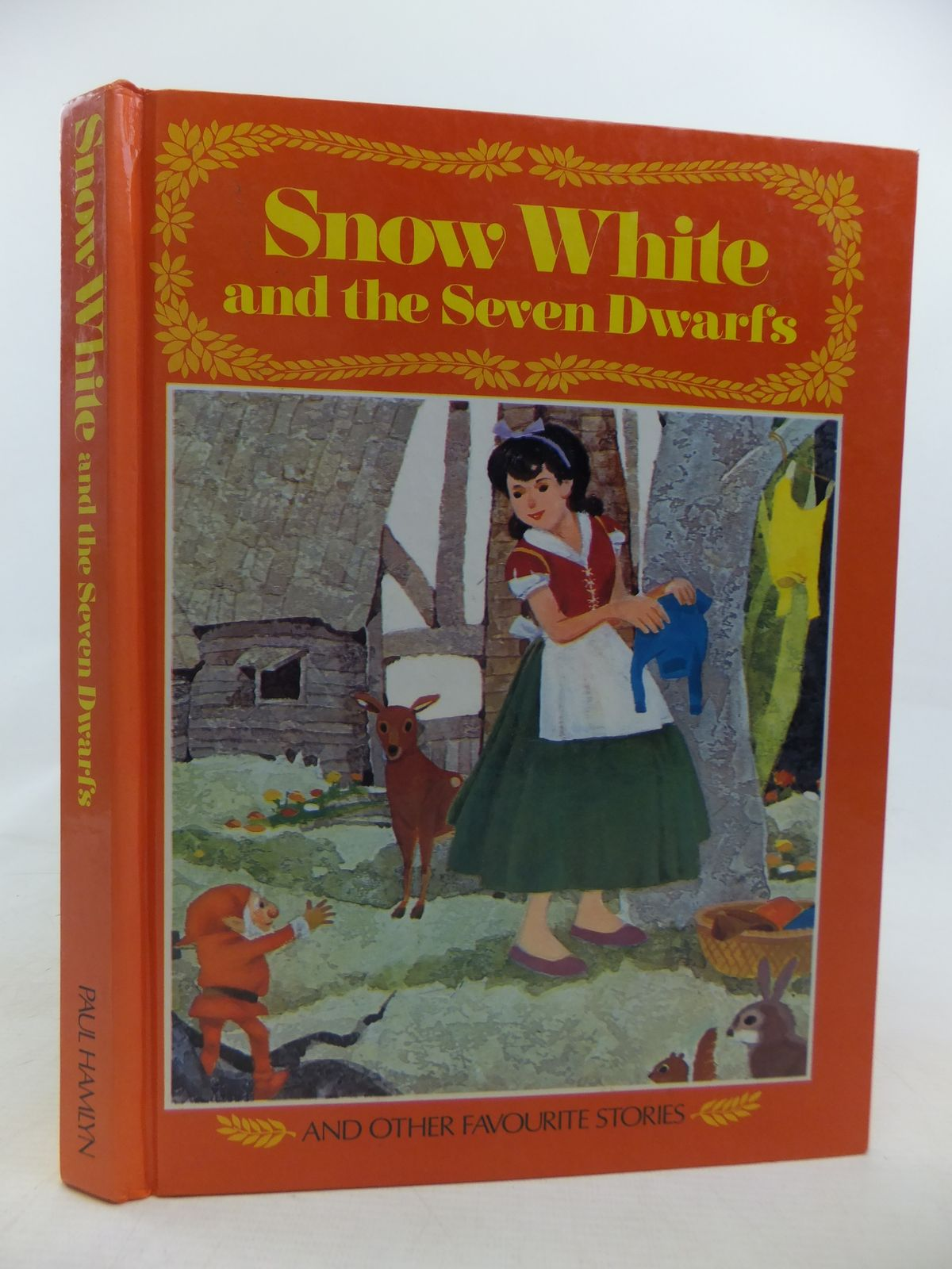 Photo of SNOW WHITE AND THE SEVEN DWARFS AND OTHER STORIES written by Hornby, Michael illustrated by Fukazawa, Kuniro<br />Mizuno, Jiro<br />Wakana, Kei published by Paul Hamlyn (STOCK CODE: 1809881)  for sale by Stella & Rose's Books