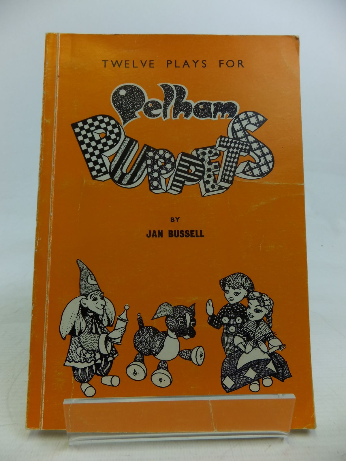 Photo of A GRADED BOOK OF TWELVE PLAYS FOR PELHAM PUPPETS written by Bussell, Jan illustrated by Granger, Ruth published by Pelham Puppets Ltd. (STOCK CODE: 1810939)  for sale by Stella & Rose's Books