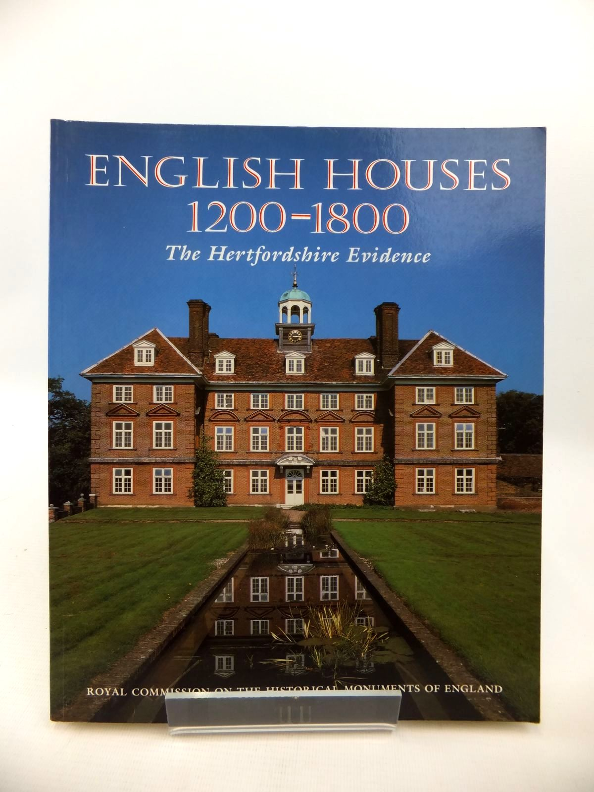 Photo of ENGLISH HOUSES 1200-1800: THE HERTFORDSHIRE EVIDENCE written by Smith, J.T. published by HMSO (STOCK CODE: 1813404)  for sale by Stella & Rose's Books