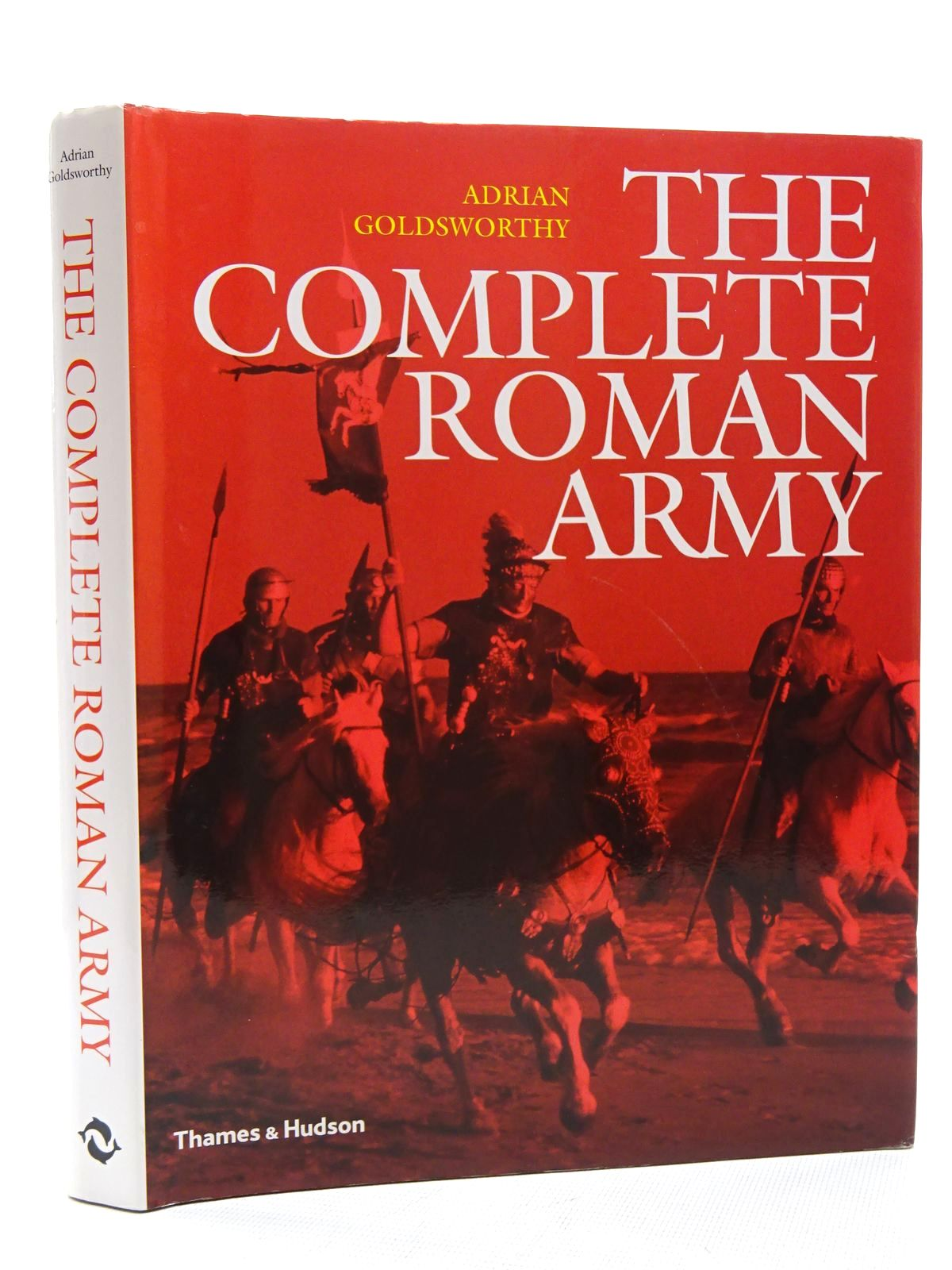 Photo of THE COMPLETE ROMAN ARMY written by Goldsworthy, Adrian published by Thames and Hudson (STOCK CODE: 1816063)  for sale by Stella & Rose's Books
