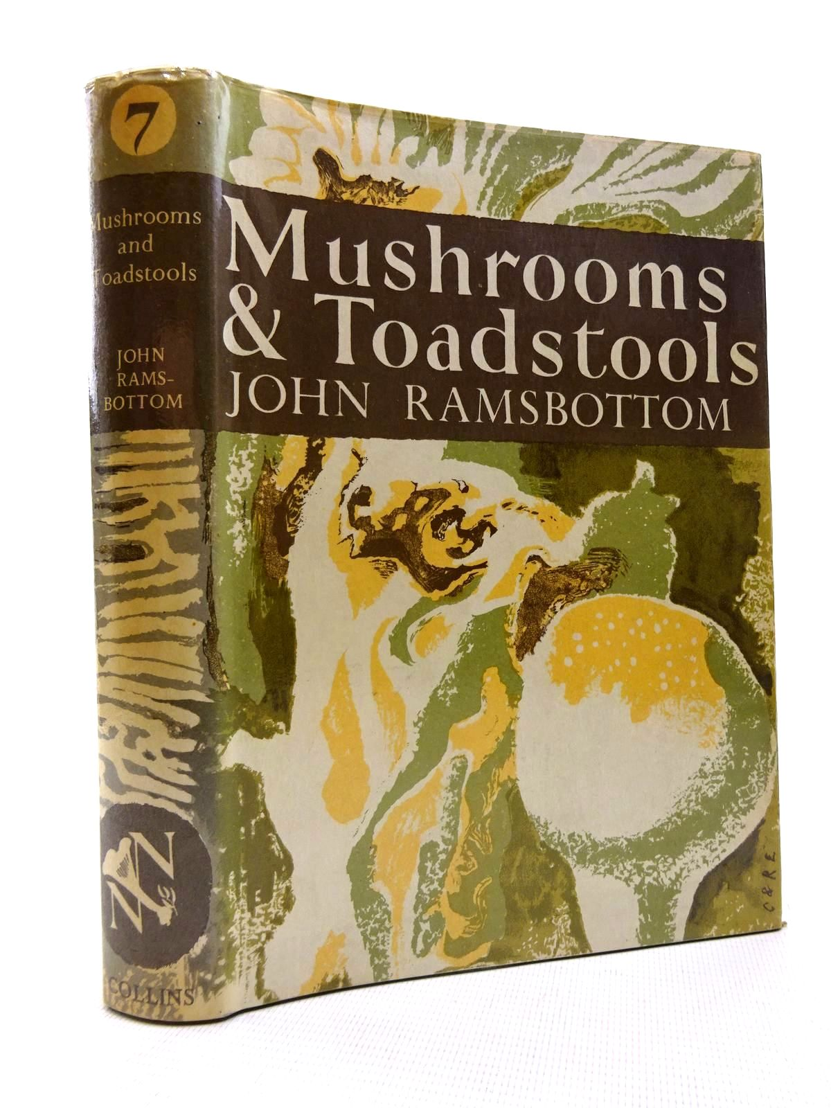 Photo of MUSHROOMS AND TOADSTOOLS (NN 7) written by Ramsbottom, John illustrated by De Laszlo, Paul L. published by Collins (STOCK CODE: 1816334)  for sale by Stella & Rose's Books