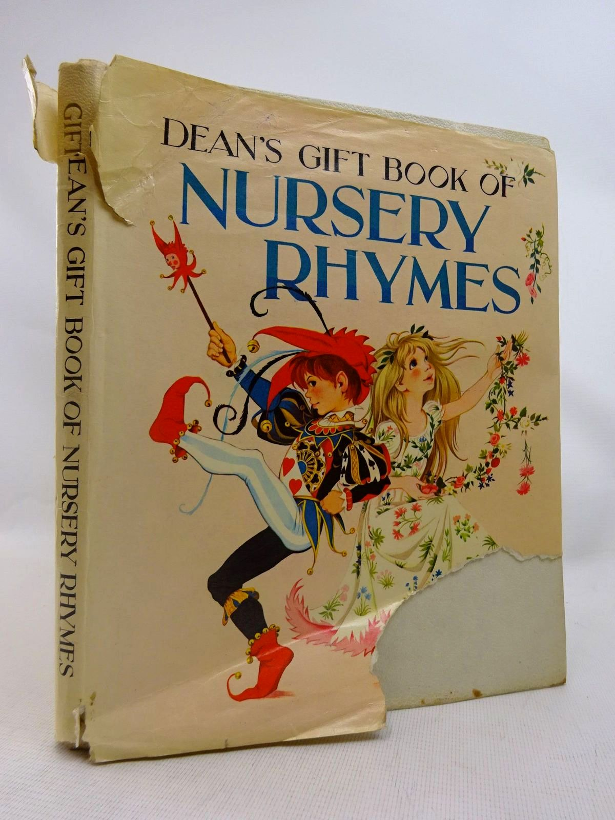 Photo of DEAN'S GIFT BOOK OF NURSERY RHYMES illustrated by Johnstone, Janet Grahame<br />Johnstone, Anne Grahame published by Dean & Son Ltd. (STOCK CODE: 1816511)  for sale by Stella & Rose's Books