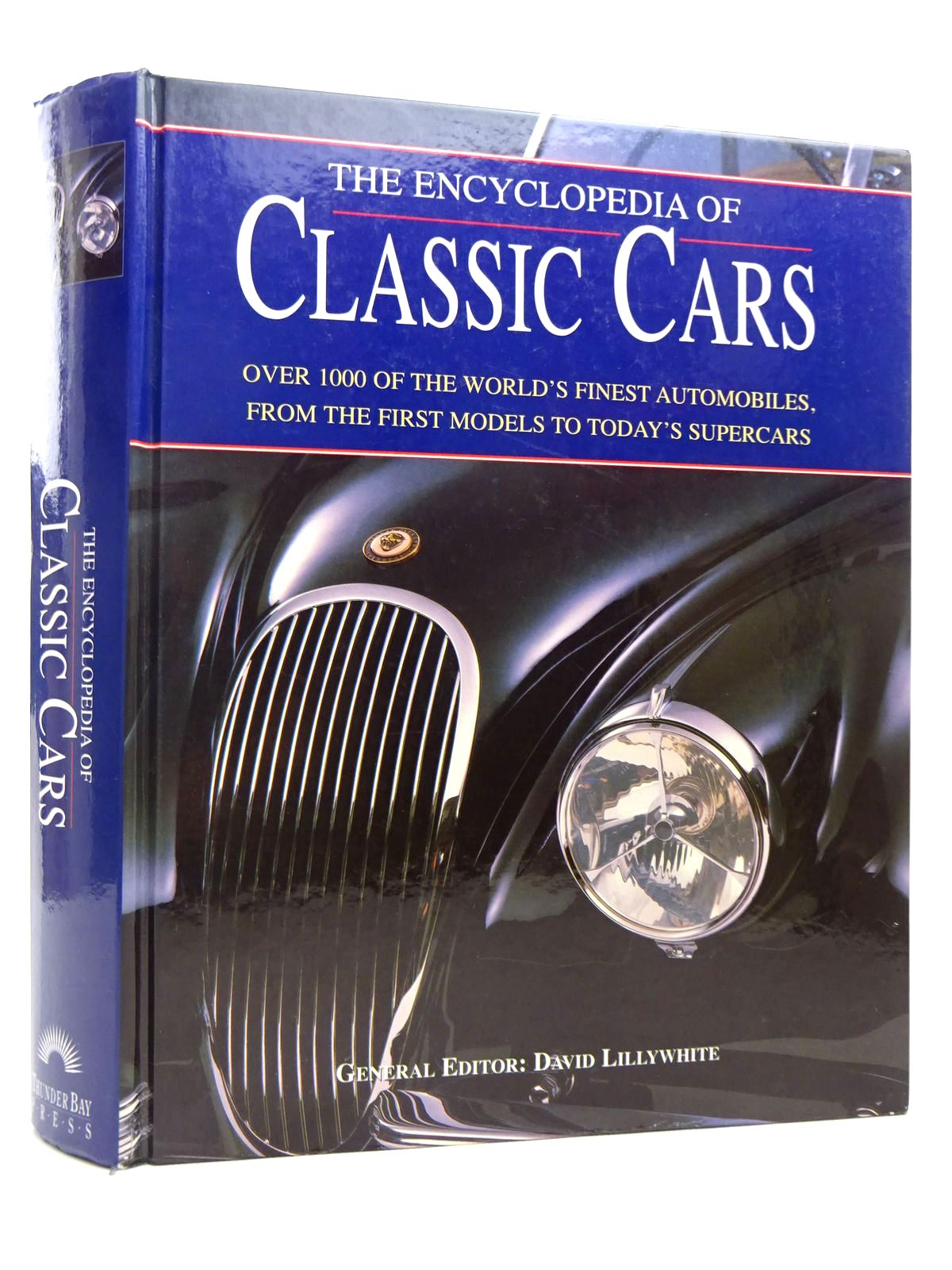 Photo of THE ENCYCLOPEDIA OF CLASSIC CARS written by Lillywhite, David published by Thunder Bay Press (STOCK CODE: 1816917)  for sale by Stella & Rose's Books
