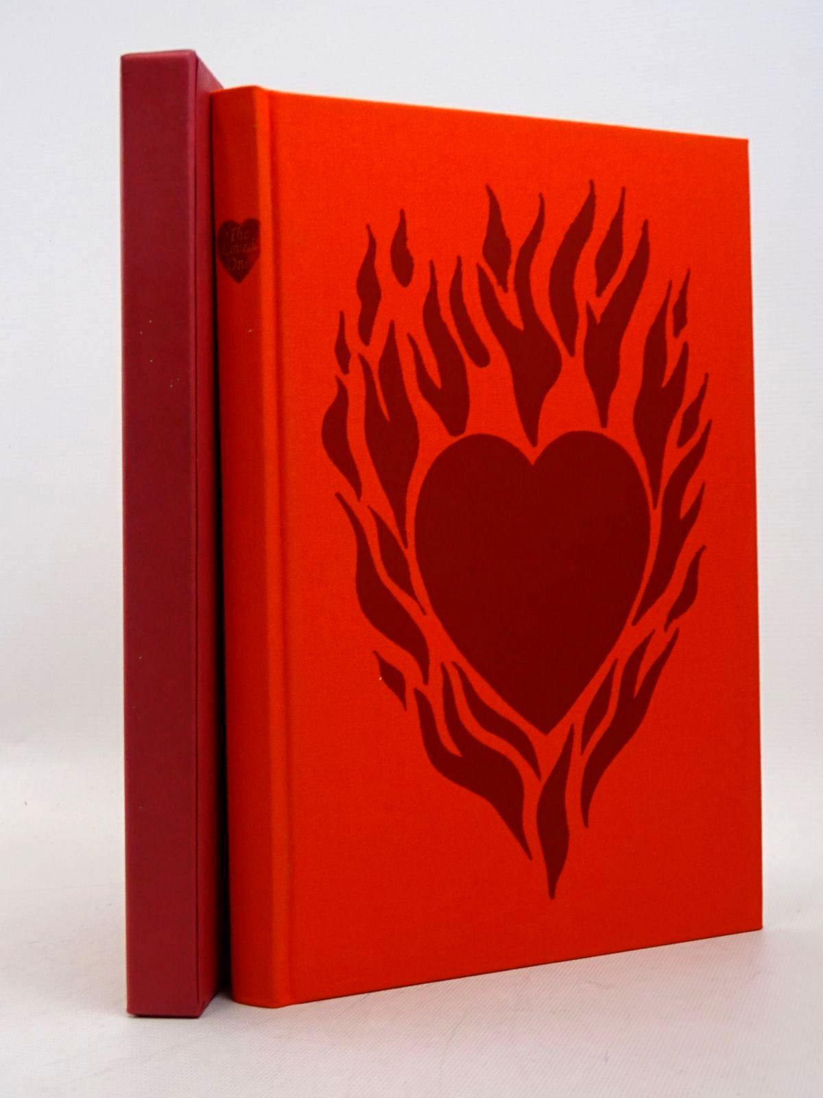 Photo of THE LOVED ONE written by Waugh, Evelyn illustrated by Cook, Beryl published by Folio Society (STOCK CODE: 1817283)  for sale by Stella & Rose's Books